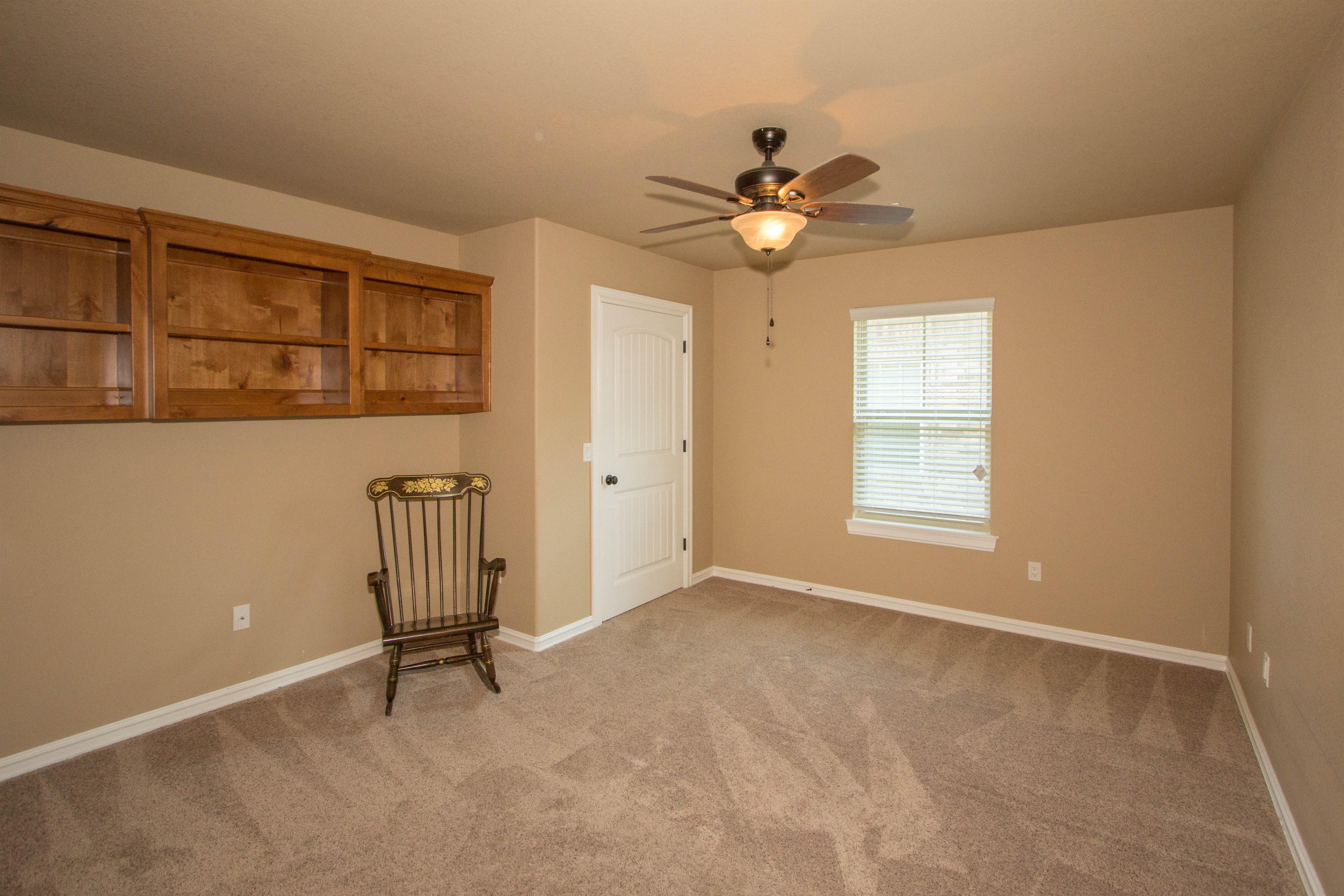 824 W Roosevelt Avenue Property Photo 15