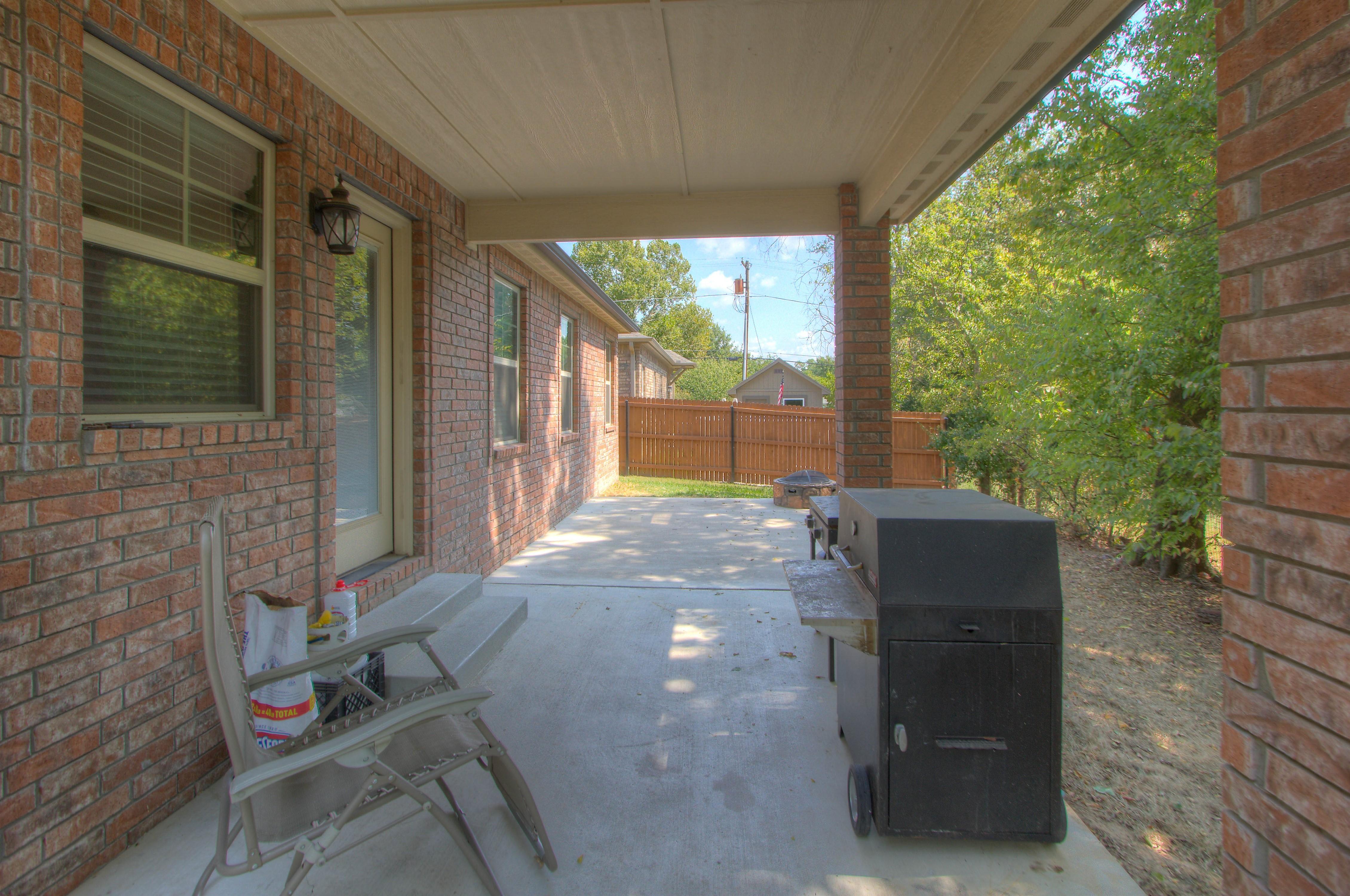 824 W Roosevelt Avenue Property Photo 22