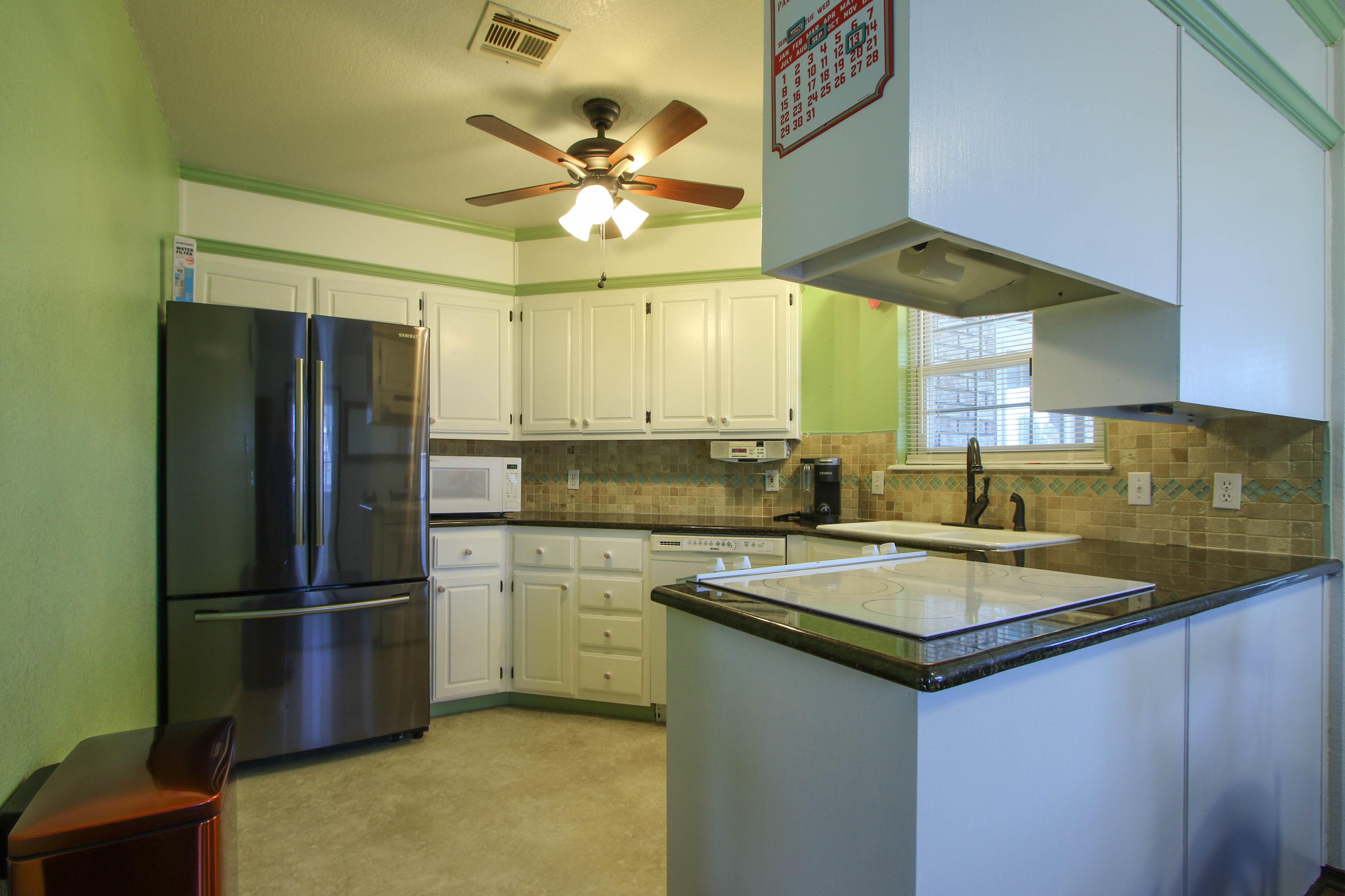 2932 S Main Street Property Photo 10