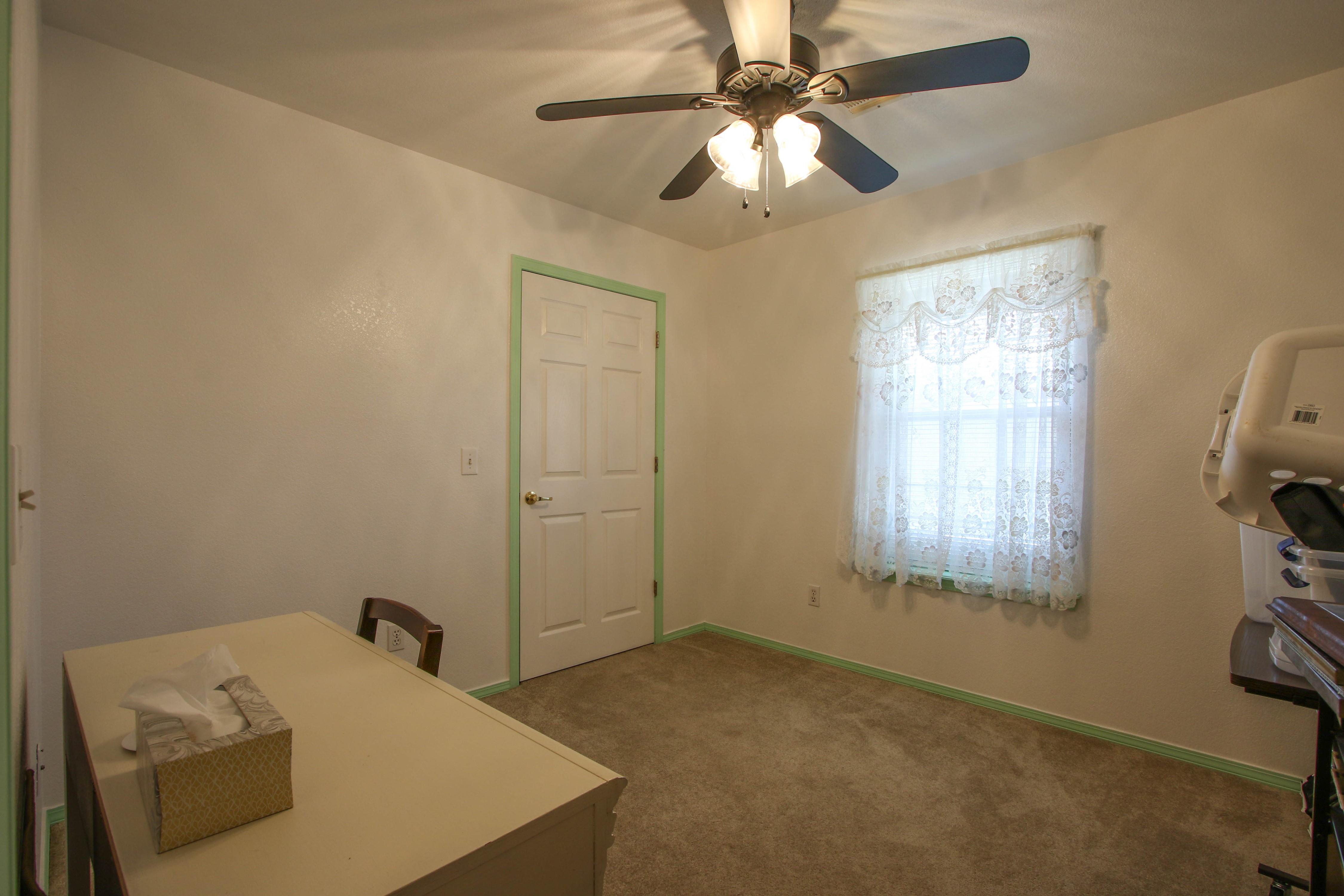 2932 S Main Street Property Photo 19