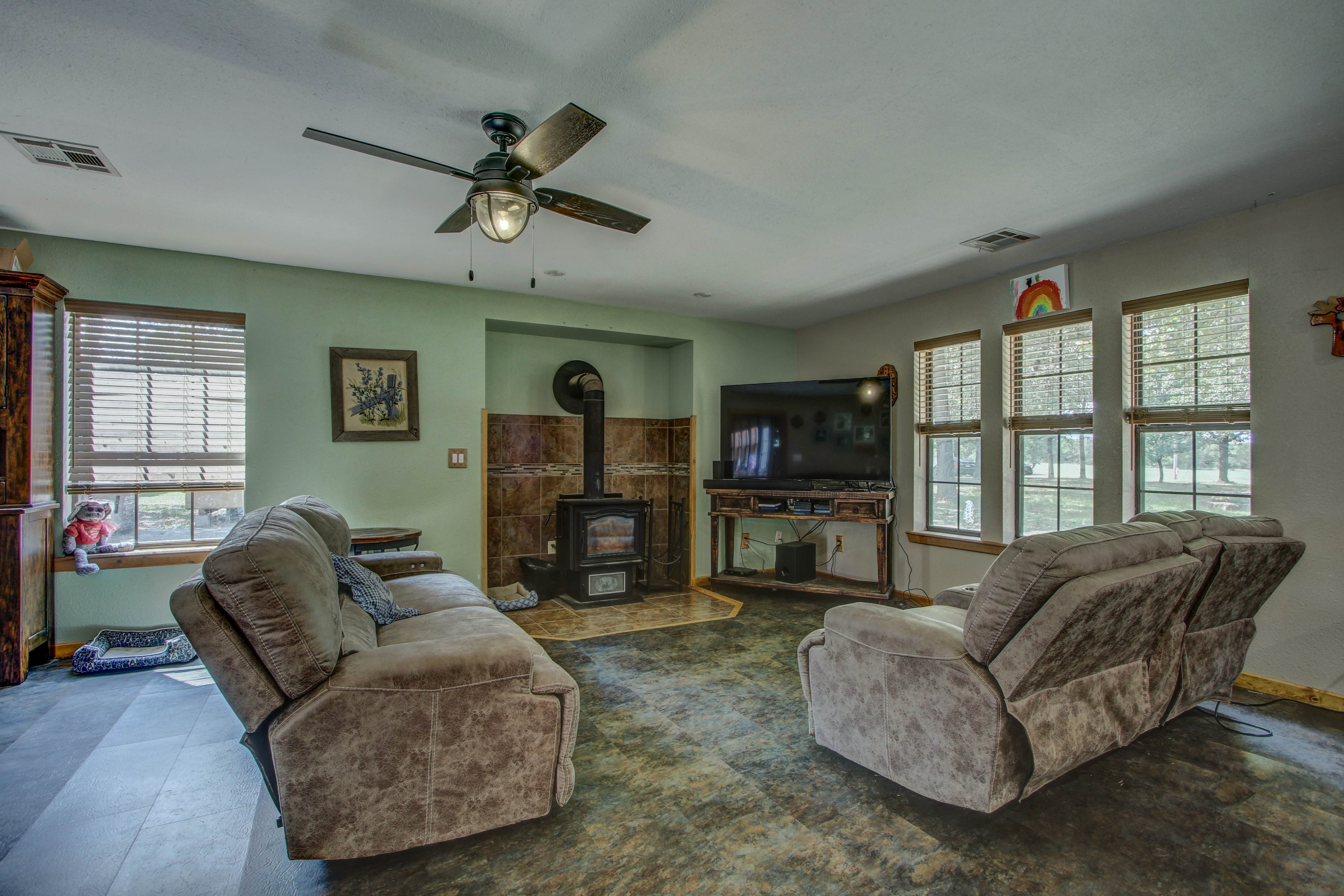 19320 W Dripping Springs Lake Road Property Photo 12