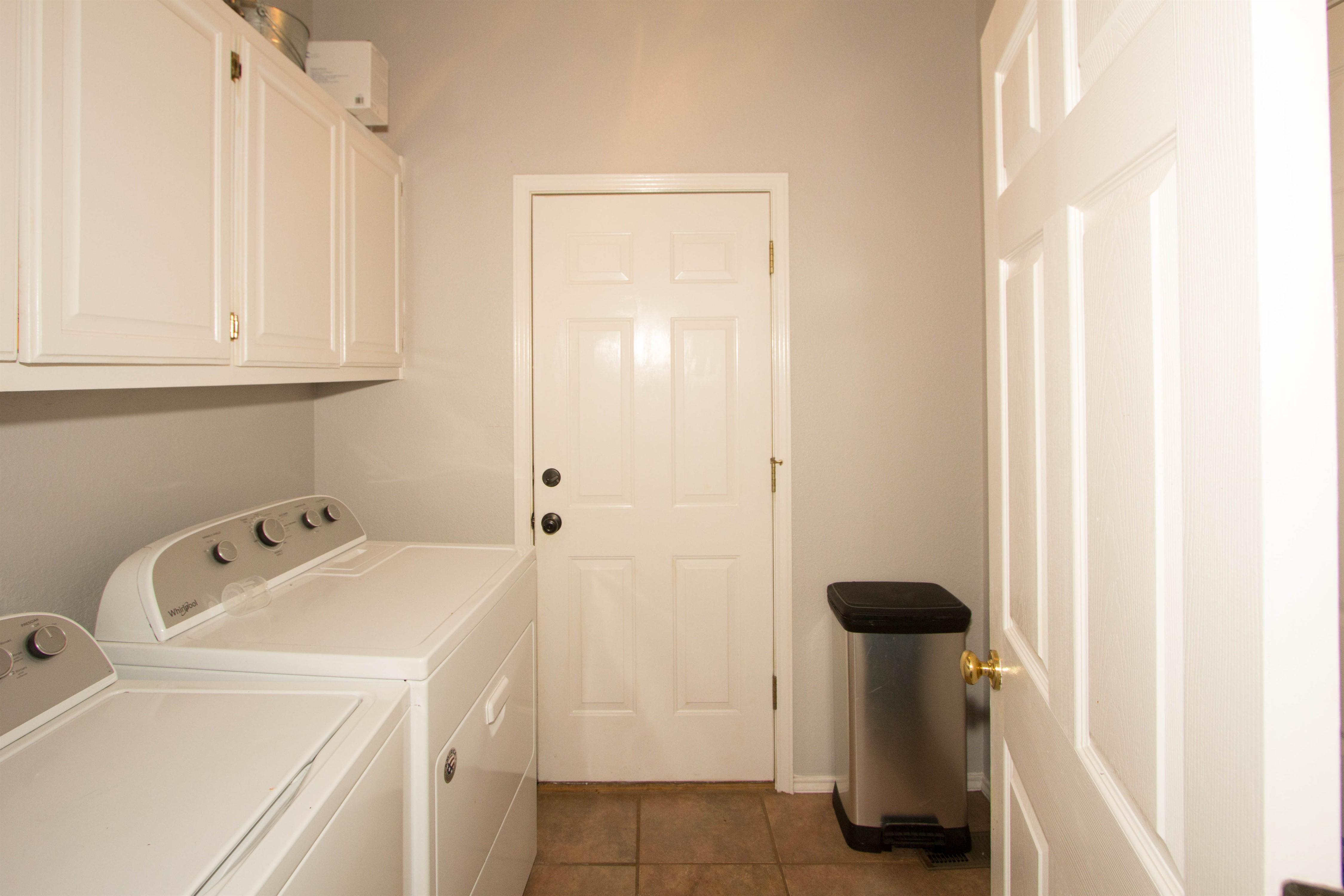 2910 E 101st Place Property Photo 11