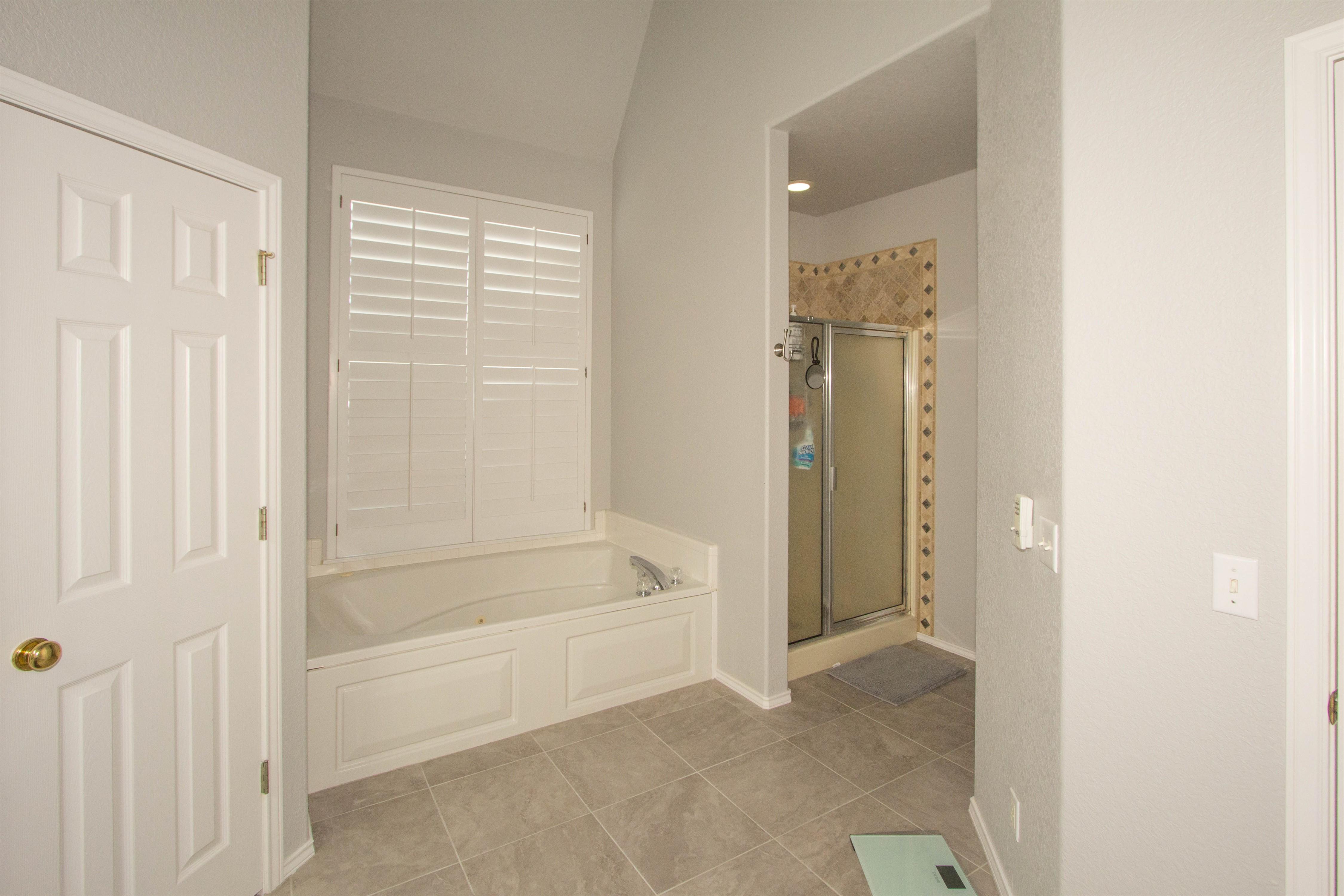 2910 E 101st Place Property Photo 16