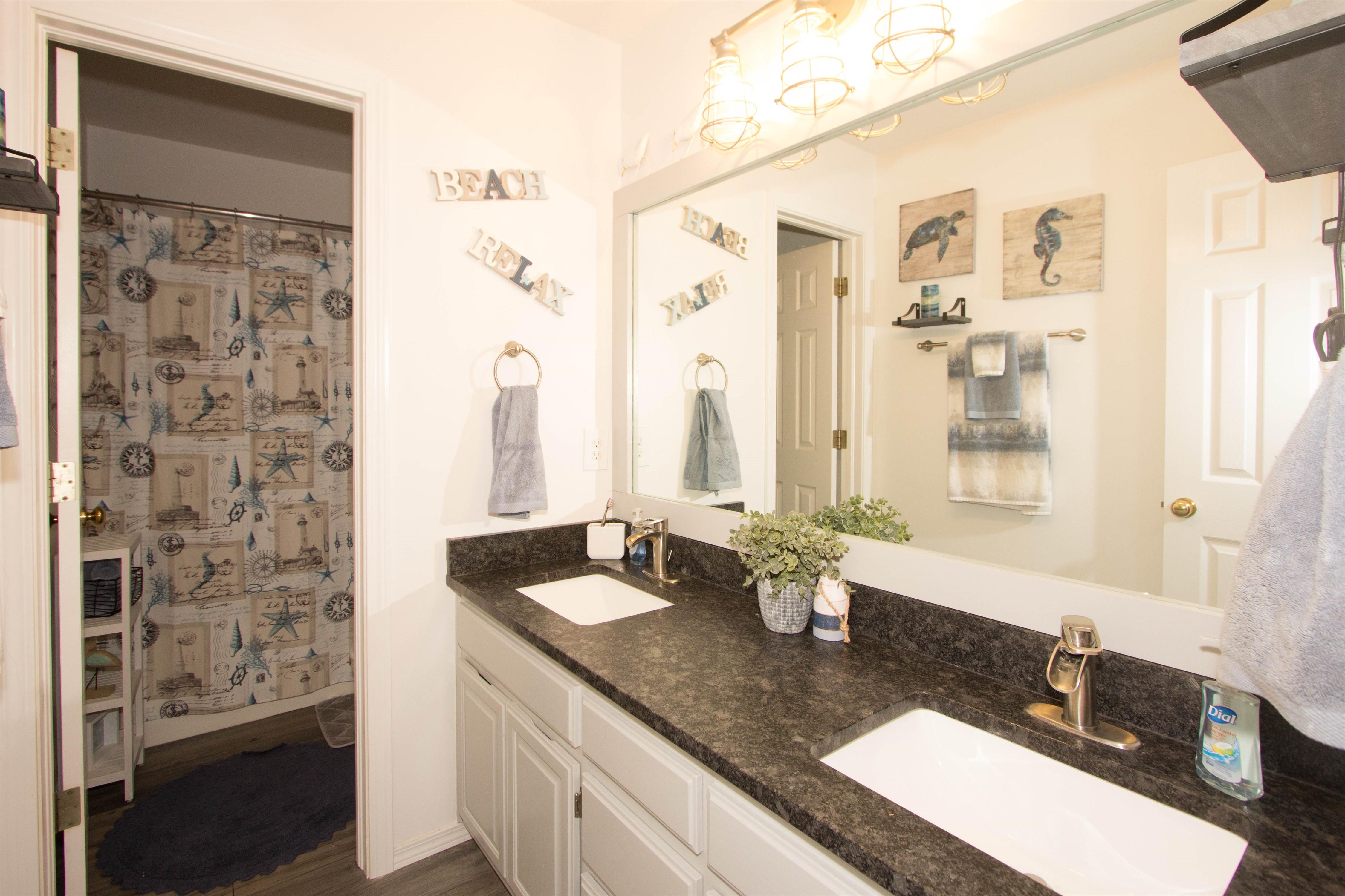 2910 E 101st Place Property Photo 18