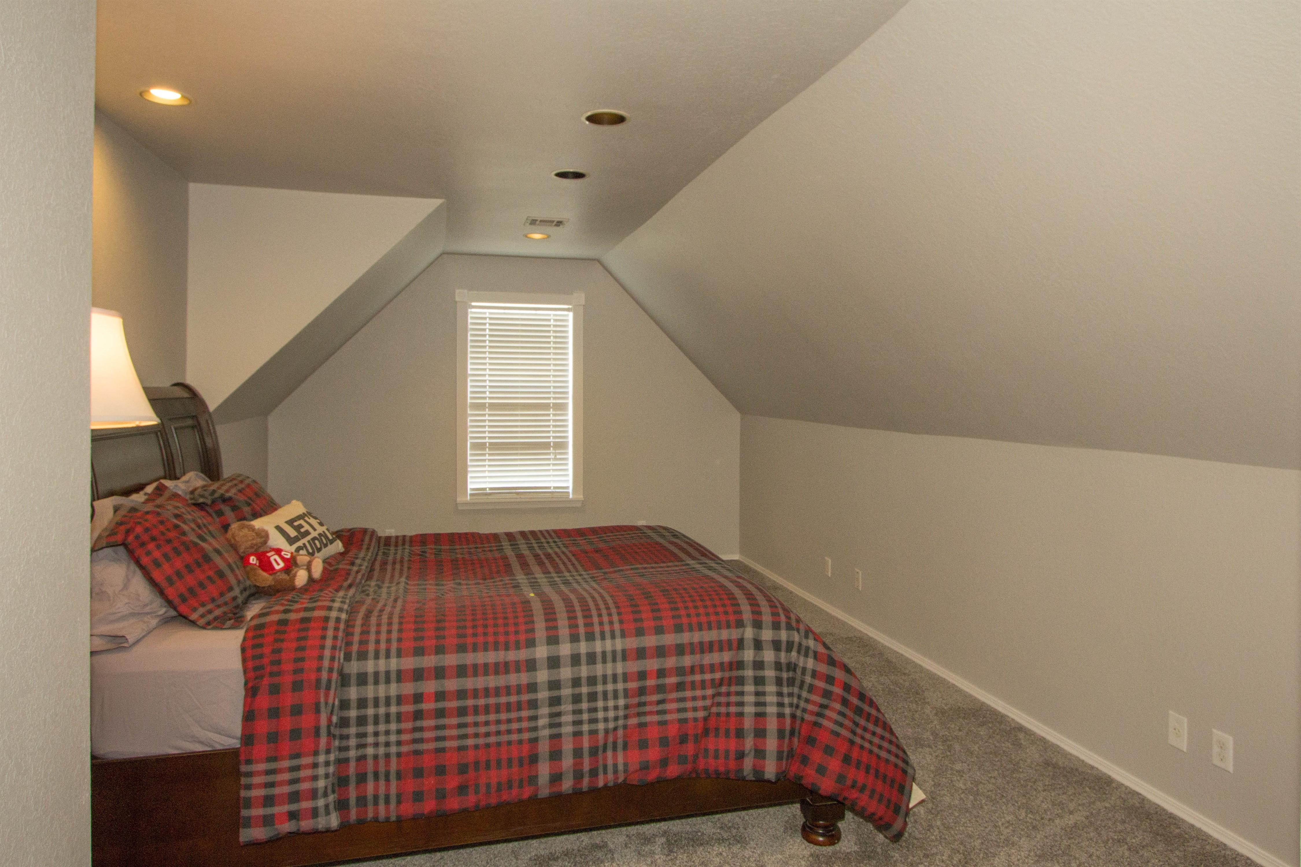 2910 E 101st Place Property Photo 20
