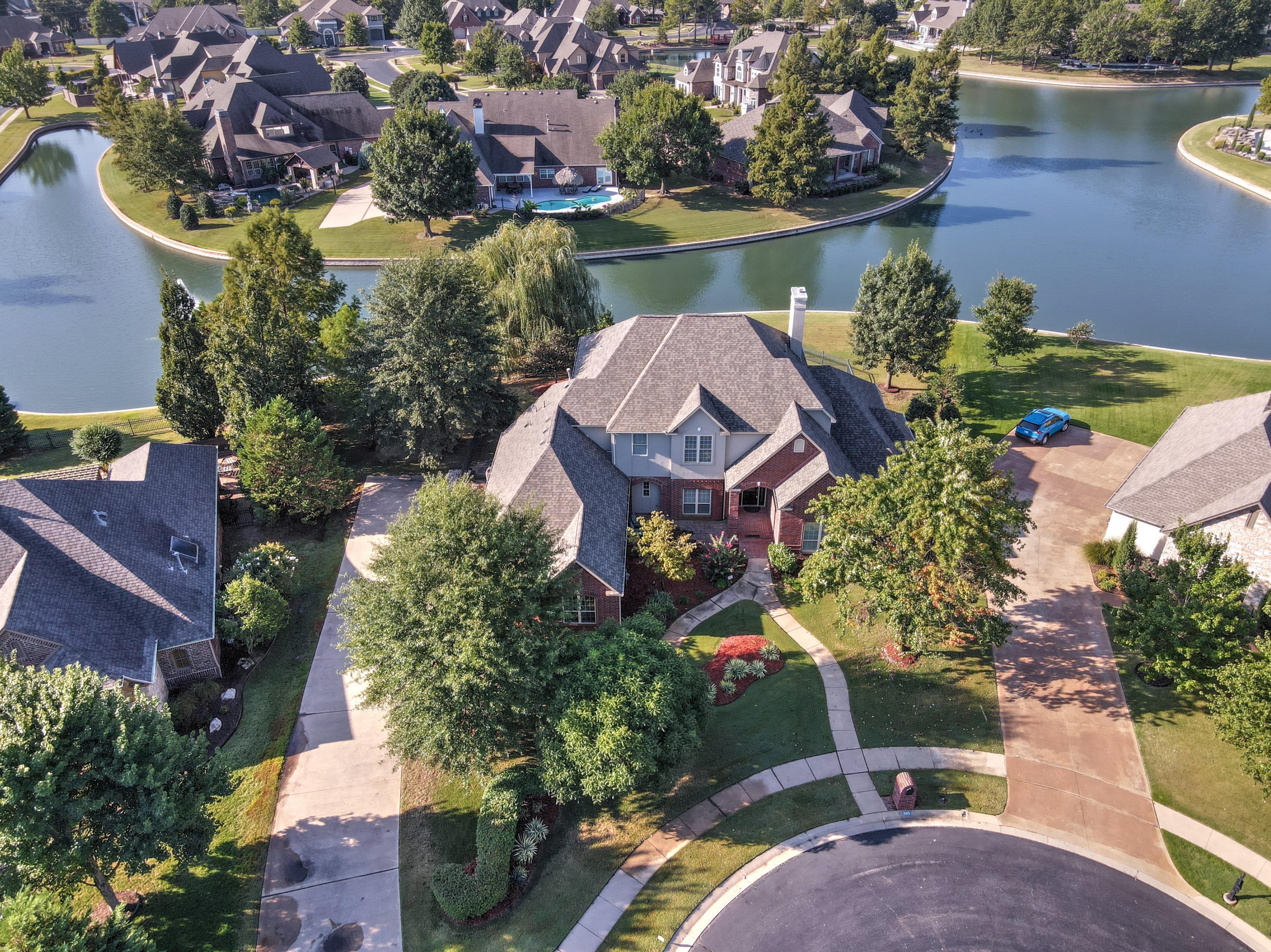 405 E Huntsville Street Property Photo 1