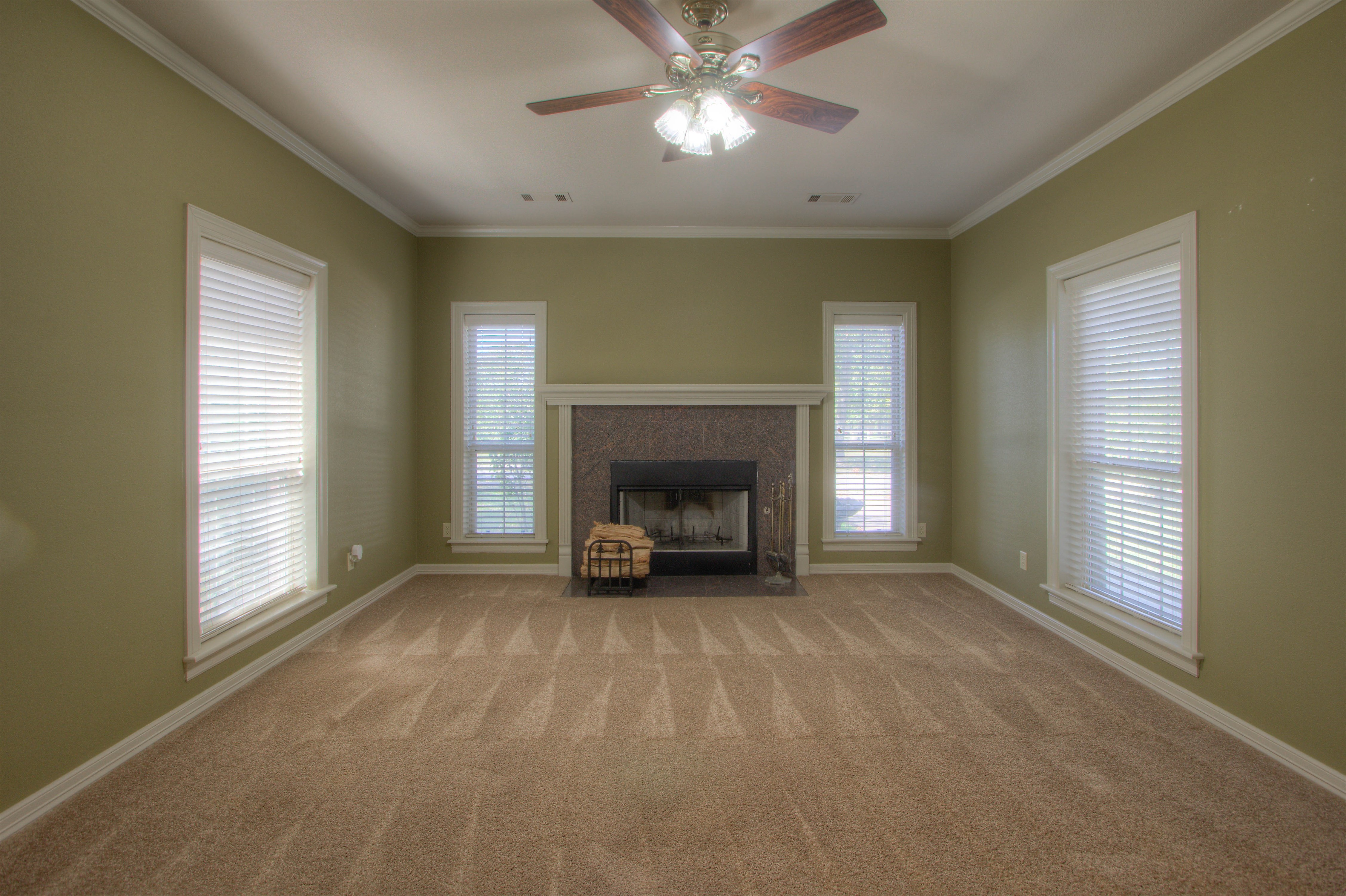 18117 S 154th East Avenue Property Photo 2