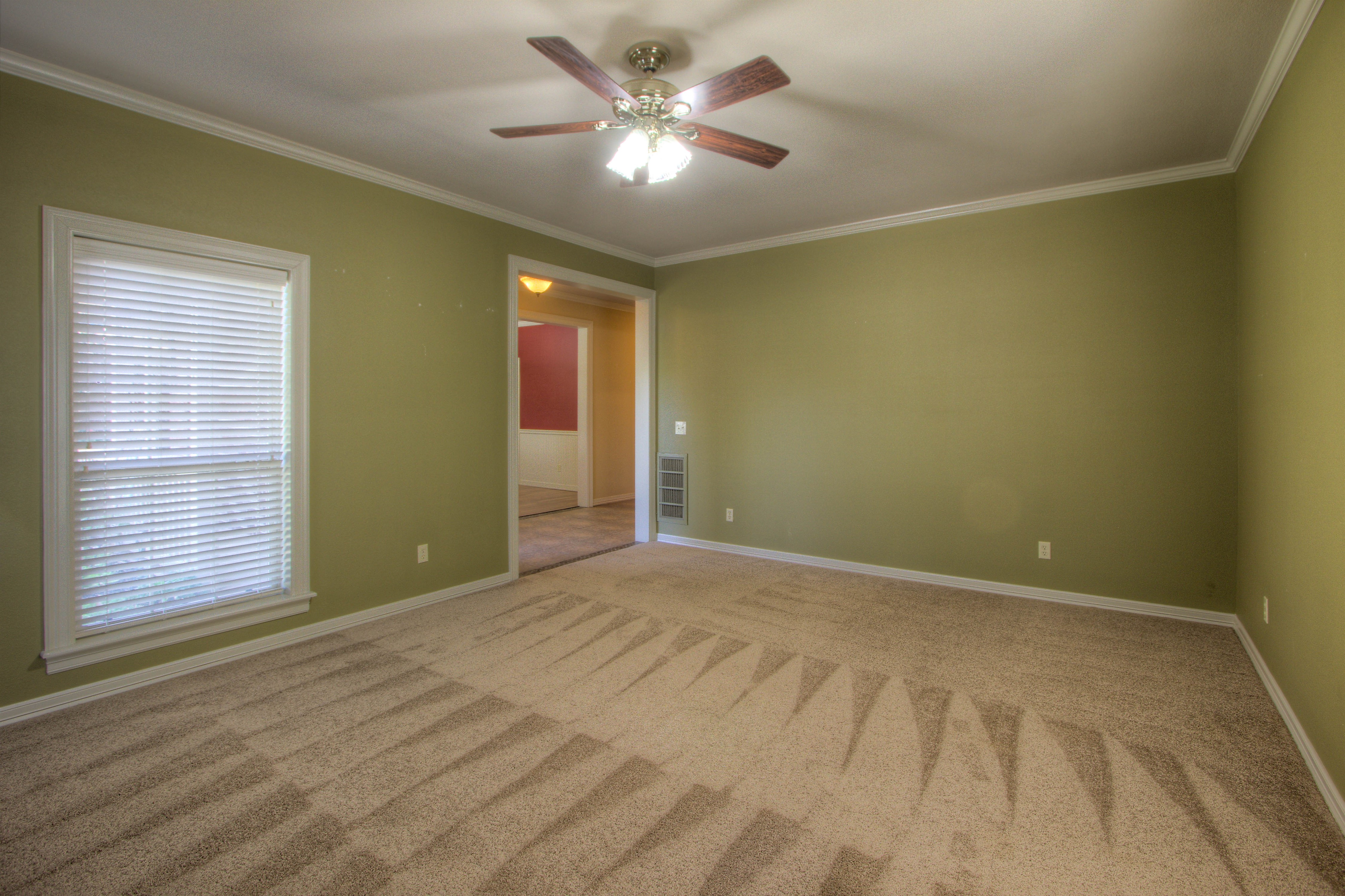 18117 S 154th East Avenue Property Photo 3