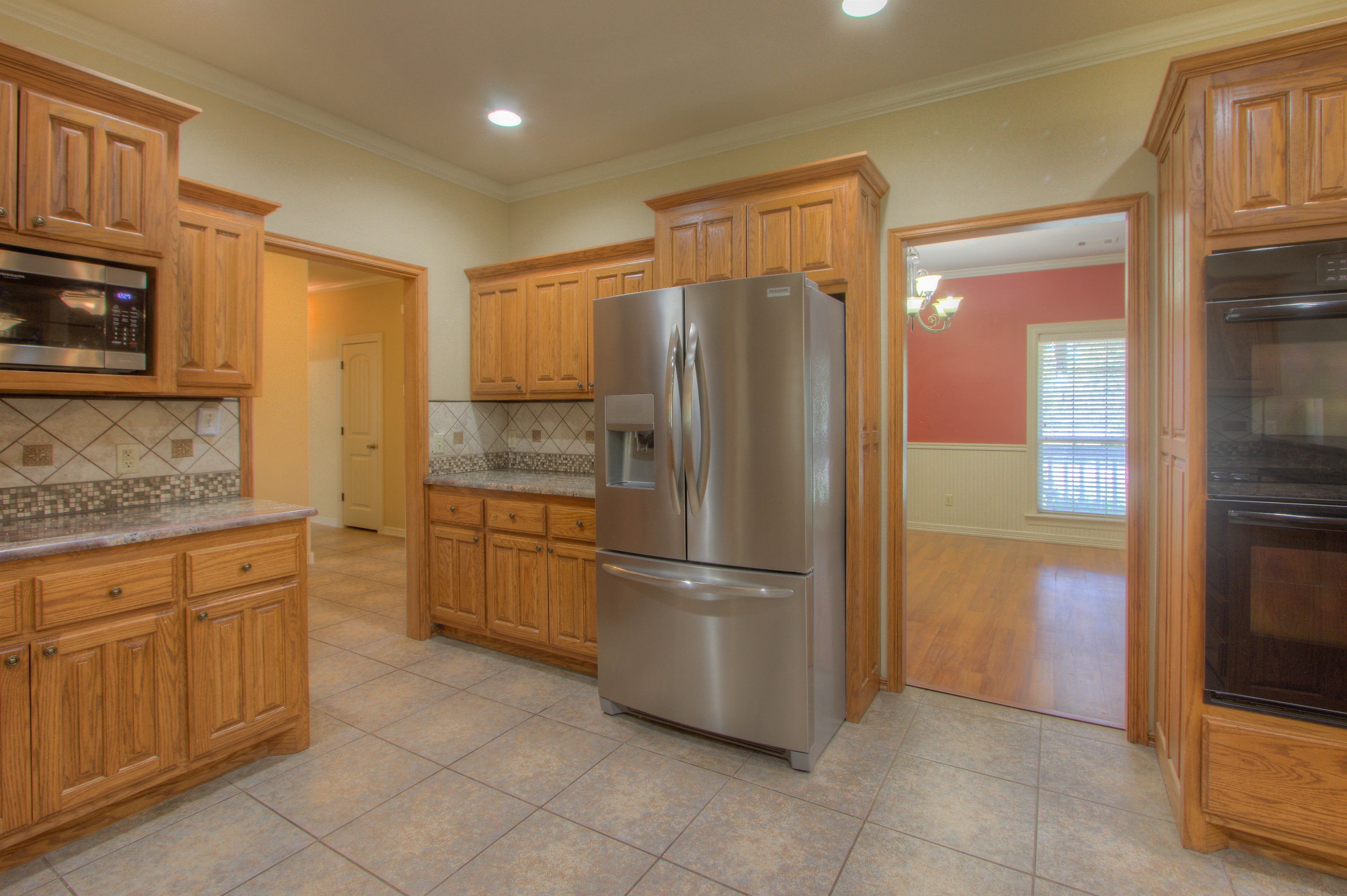 18117 S 154th East Avenue Property Photo 6