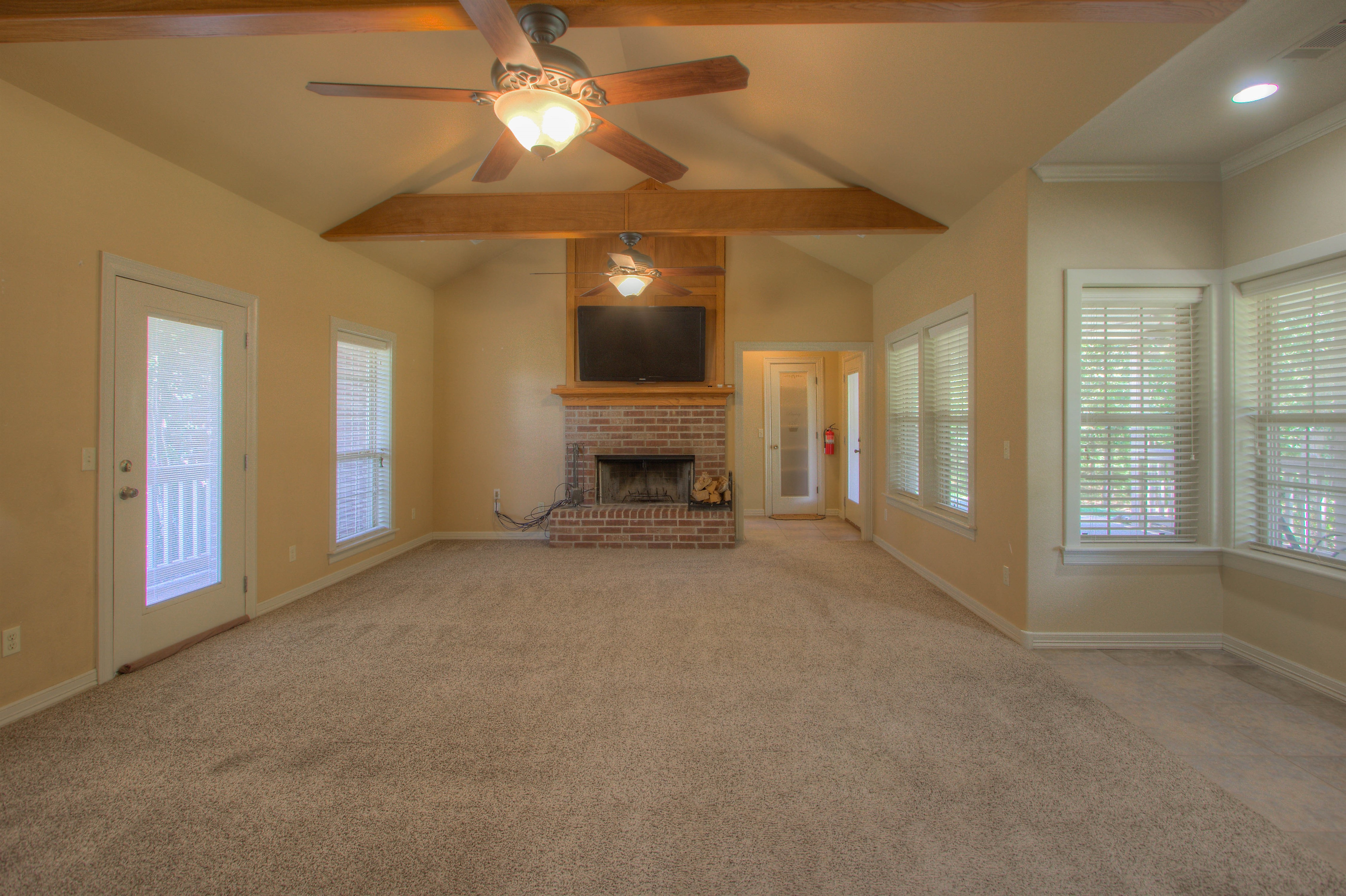 18117 S 154th East Avenue Property Photo 8