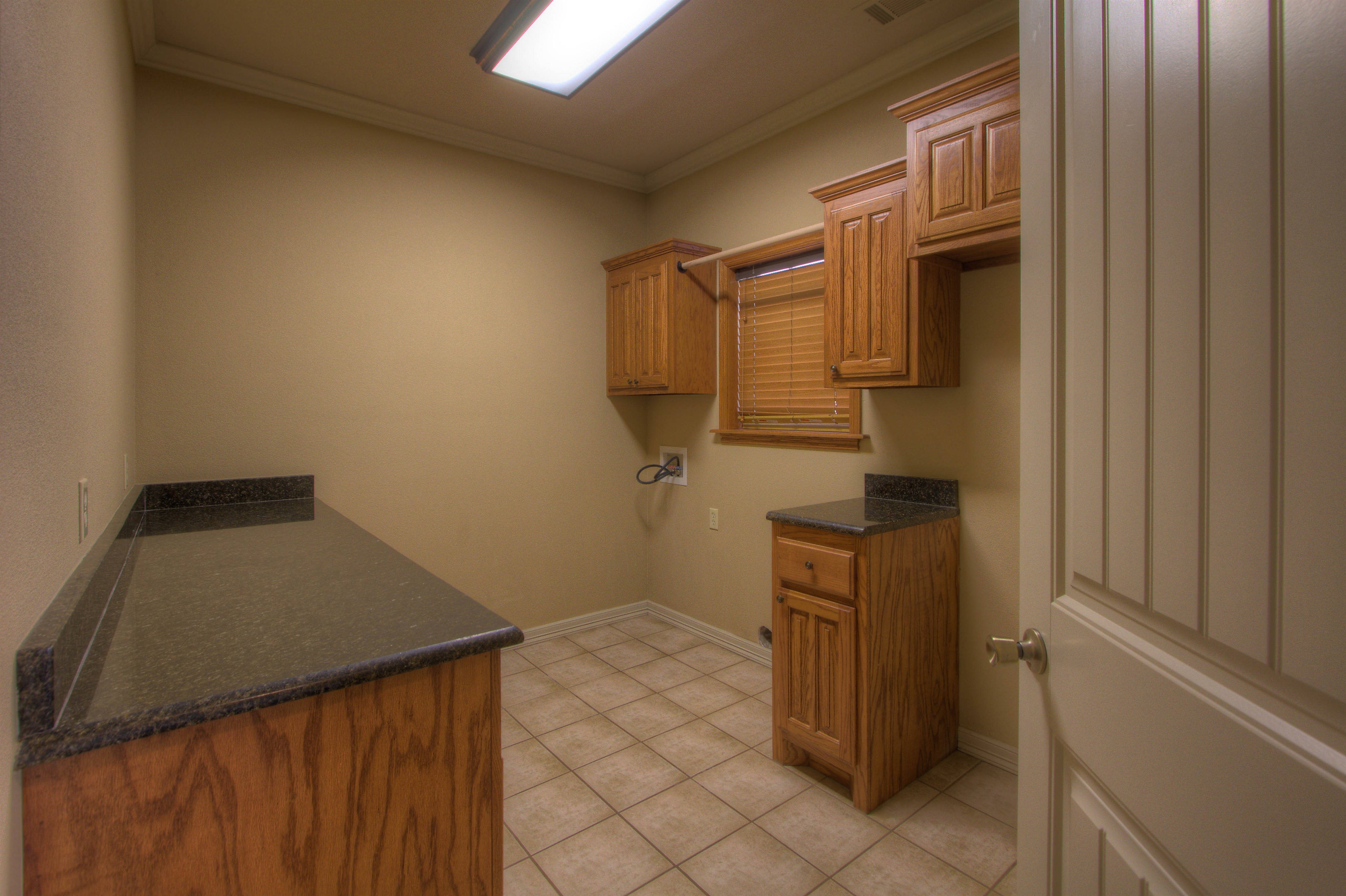 18117 S 154th East Avenue Property Photo 11