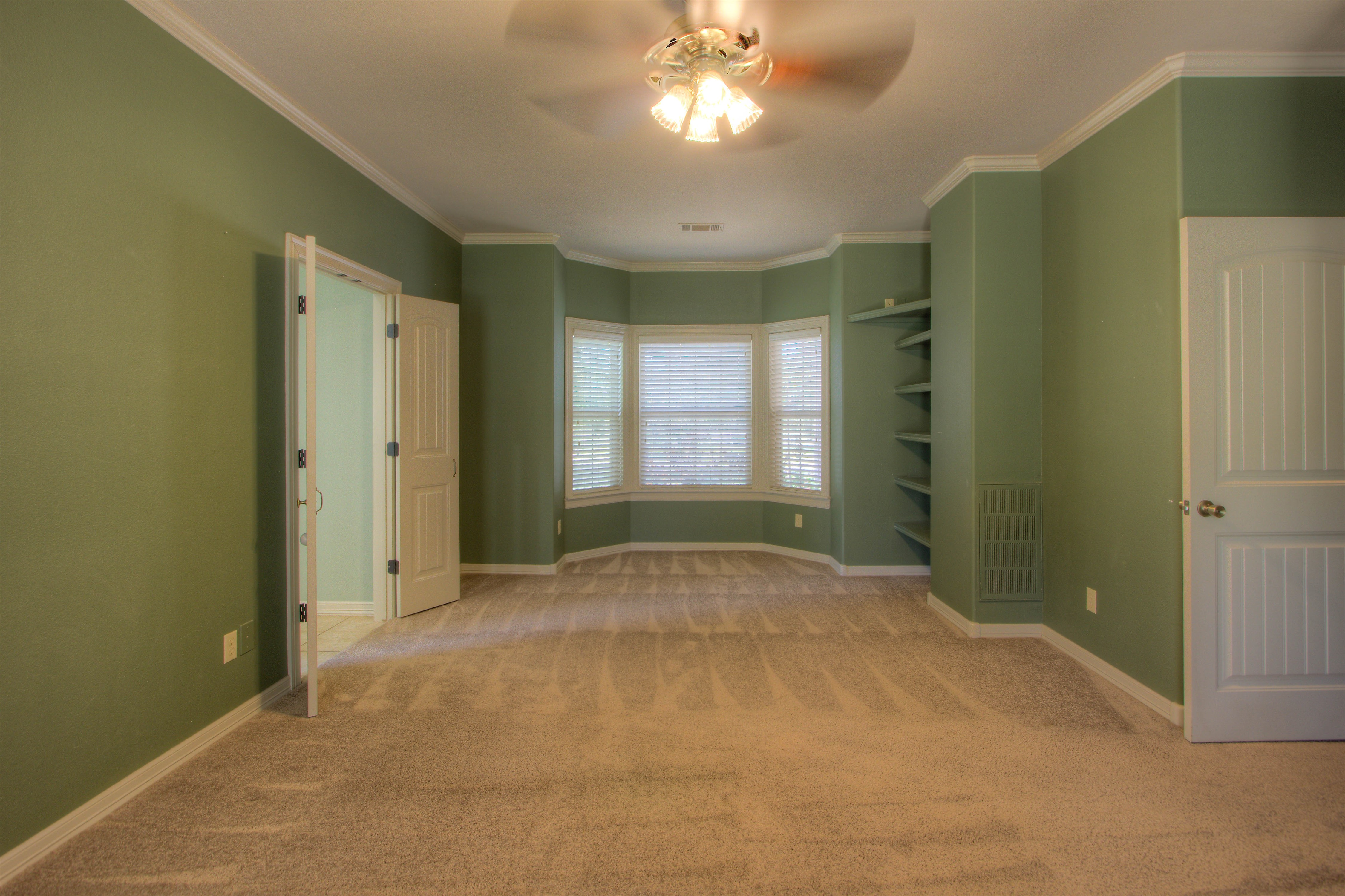 18117 S 154th East Avenue Property Photo 16