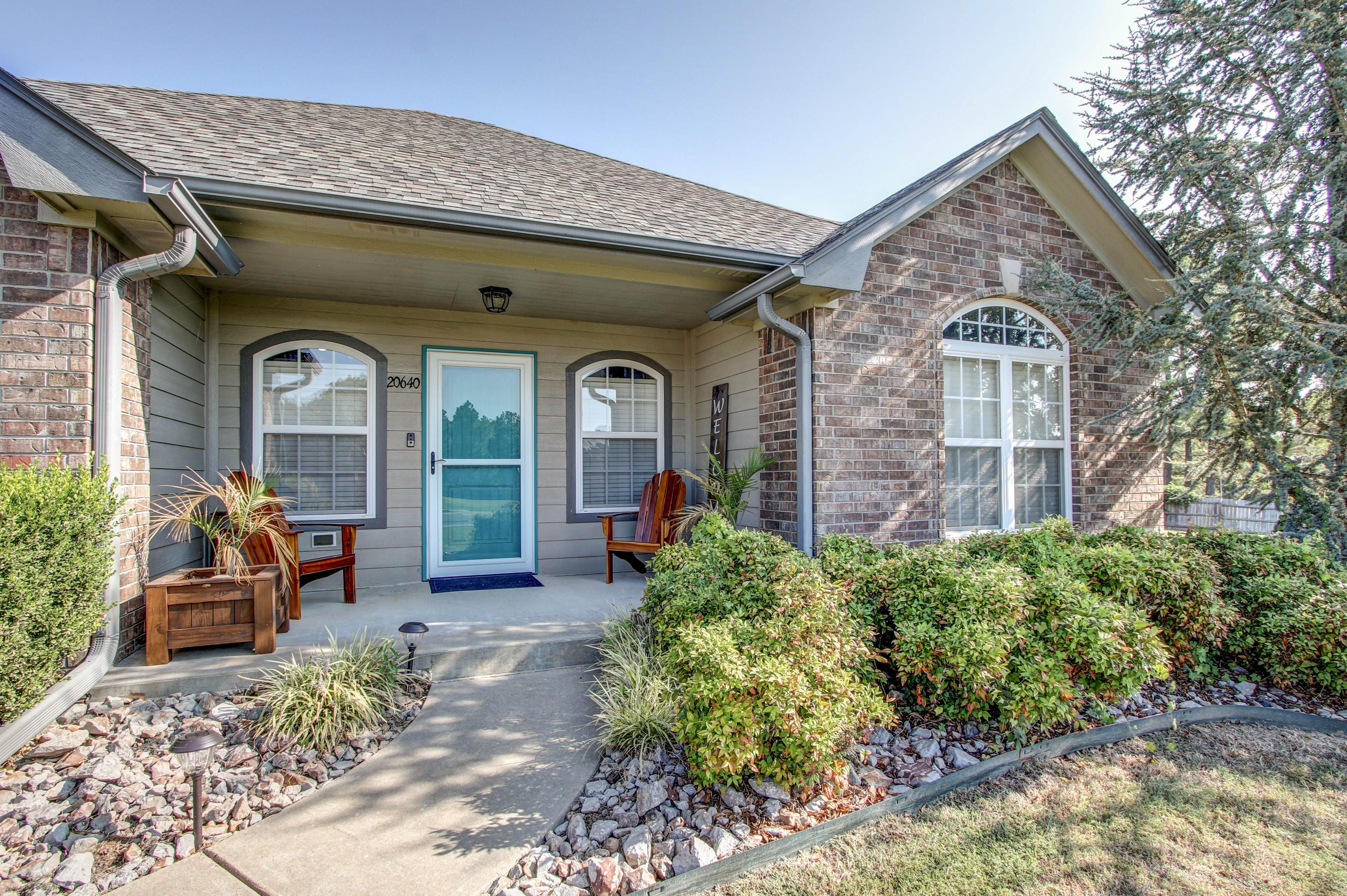 20640 W Loss Lane Property Photo 3