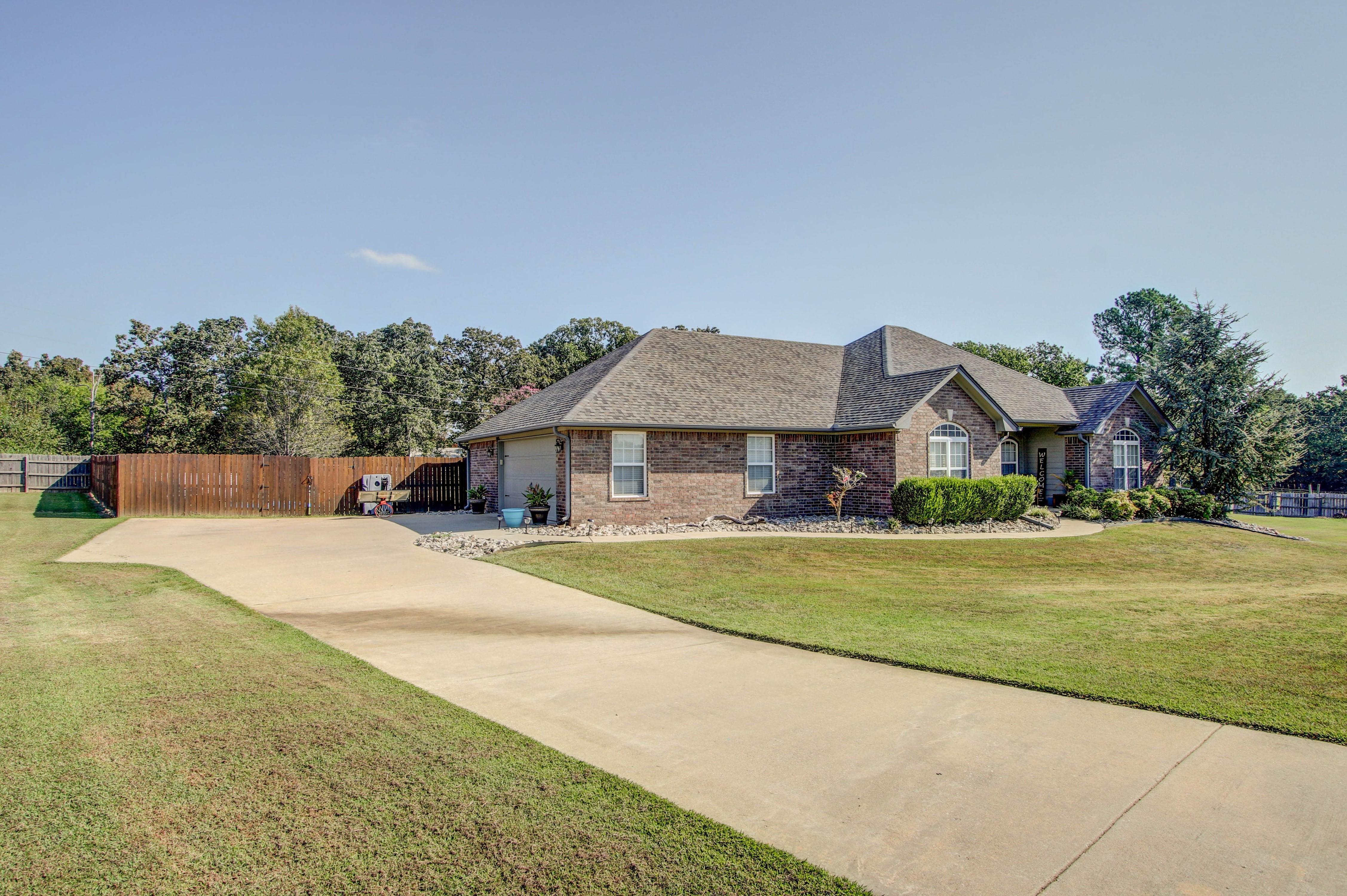 20640 W Loss Lane Property Photo 2