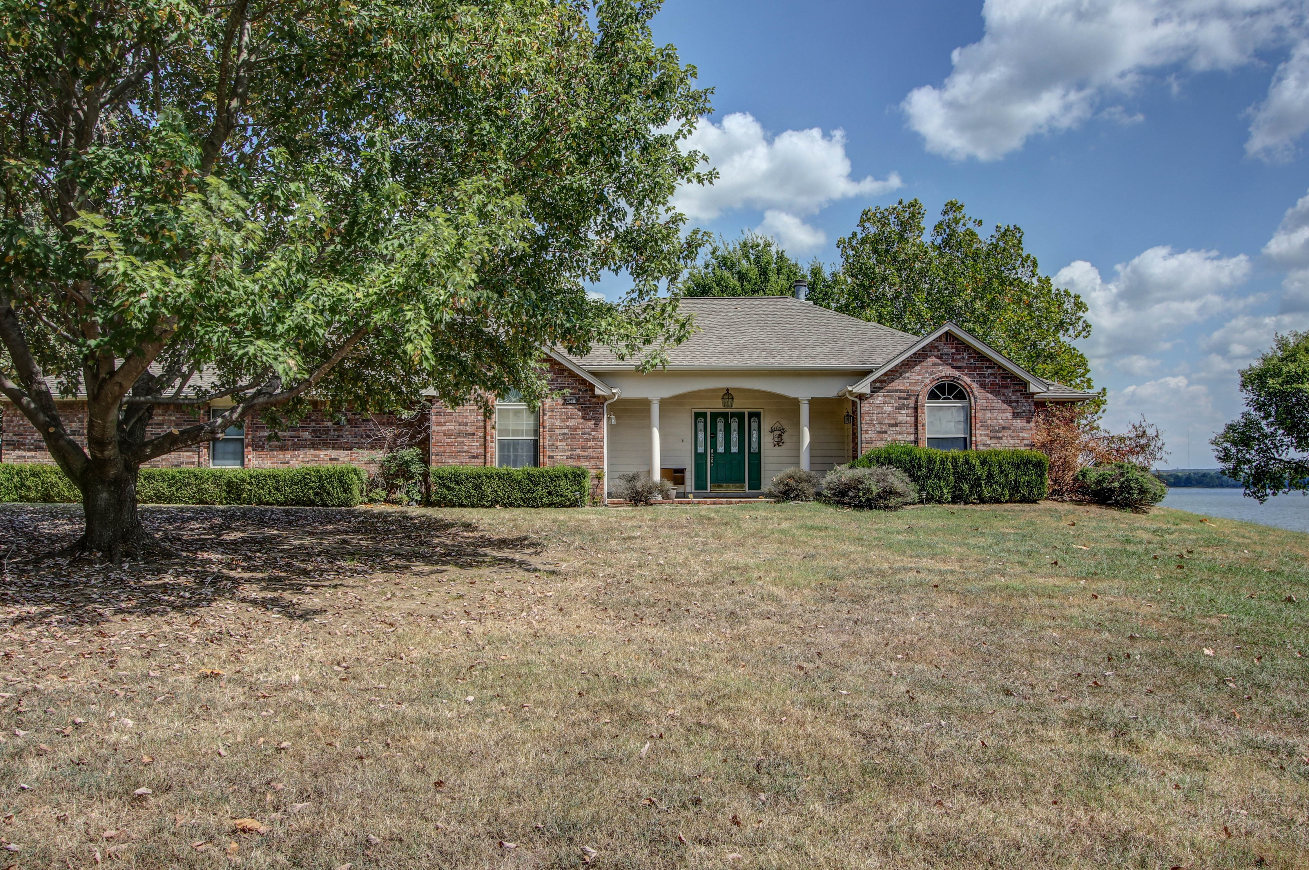 90 Old Towne Road Property Photo 1