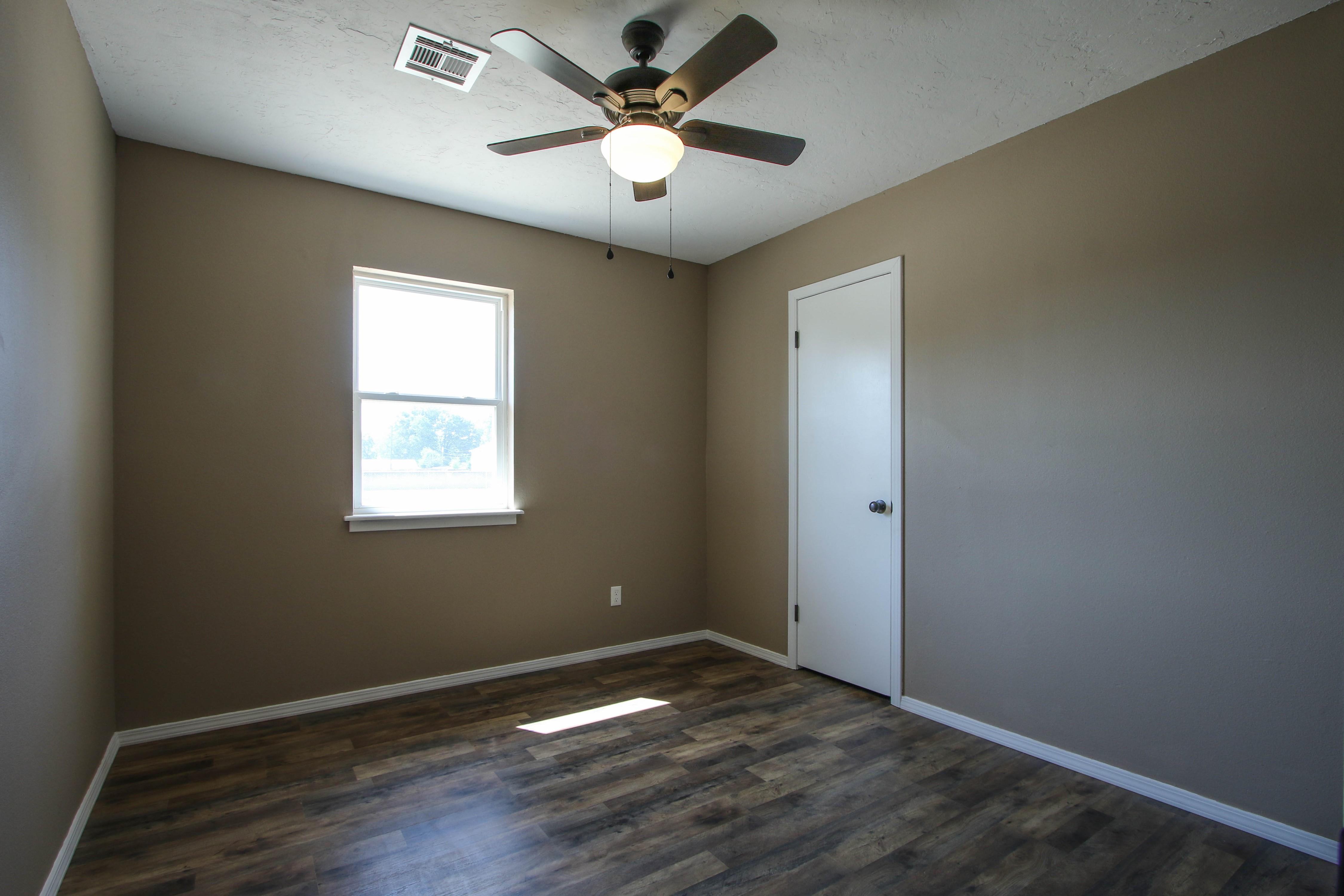 509 W 4th Street Property Photo 19