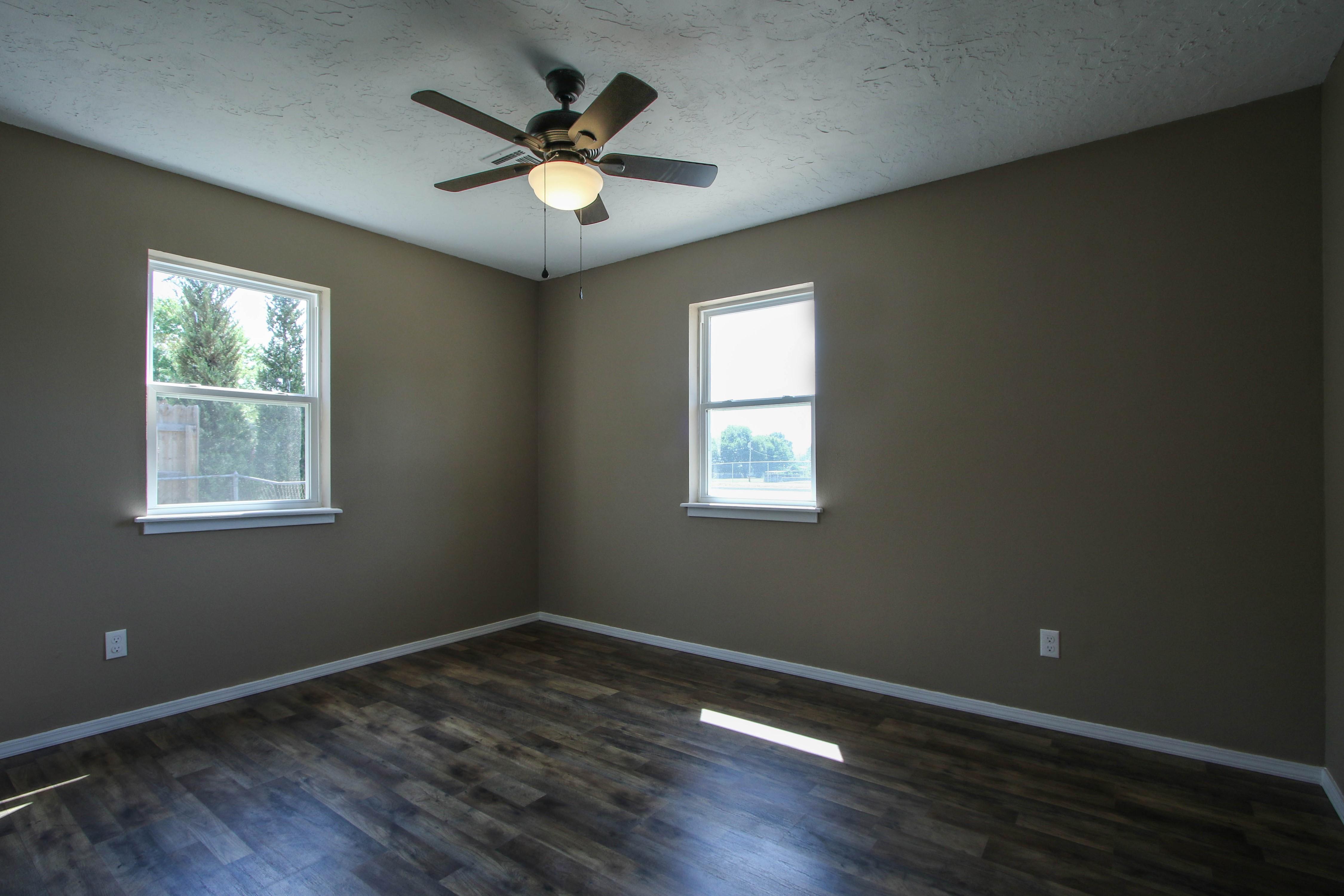 509 W 4th Street Property Photo 21