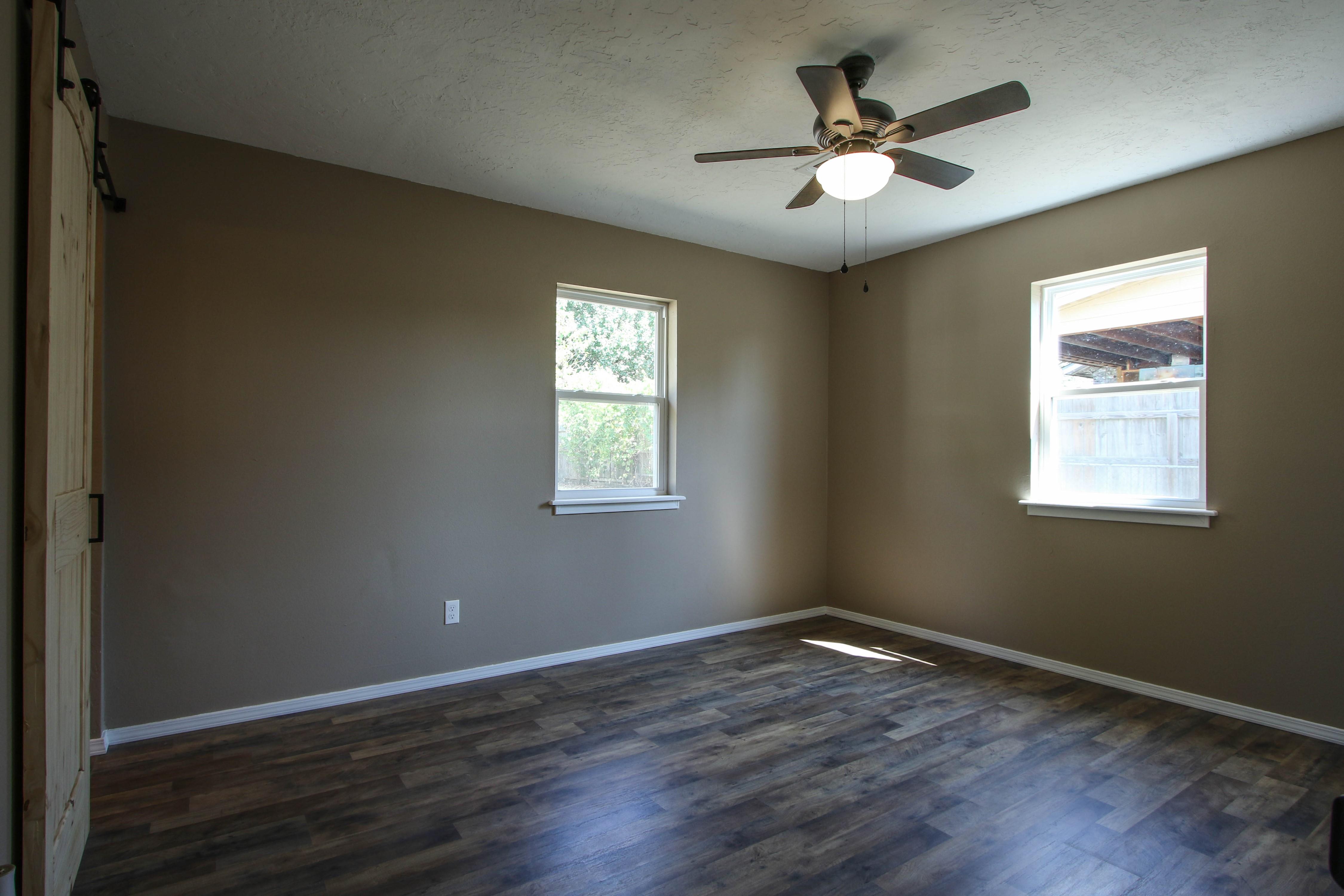 509 W 4th Street Property Photo 16