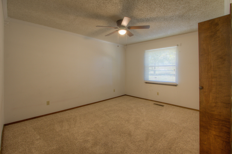 2095 N 255th Road Property Photo 13