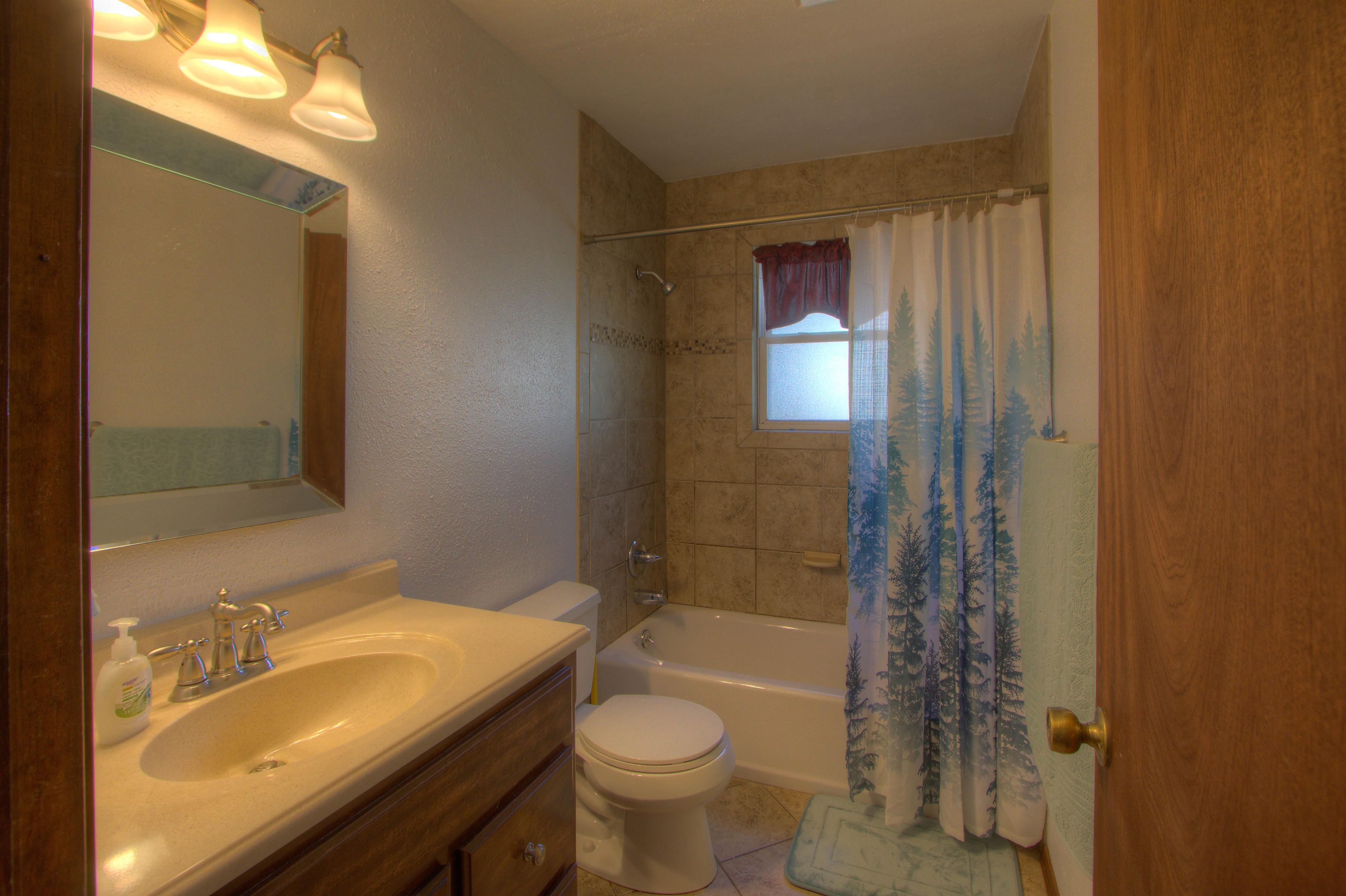 2095 N 255th Road Property Photo 17