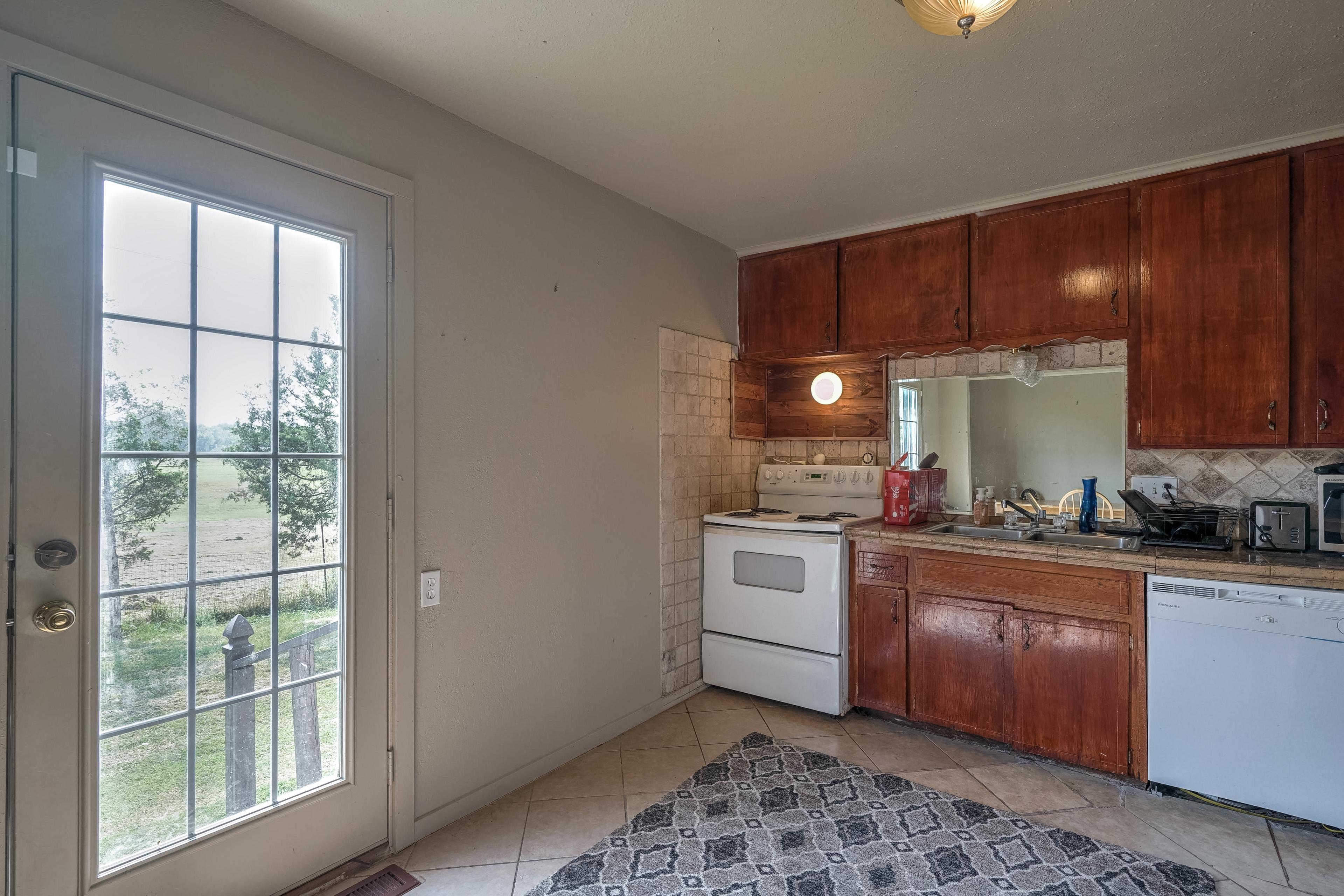 11 S Bell Street Property Photo 11