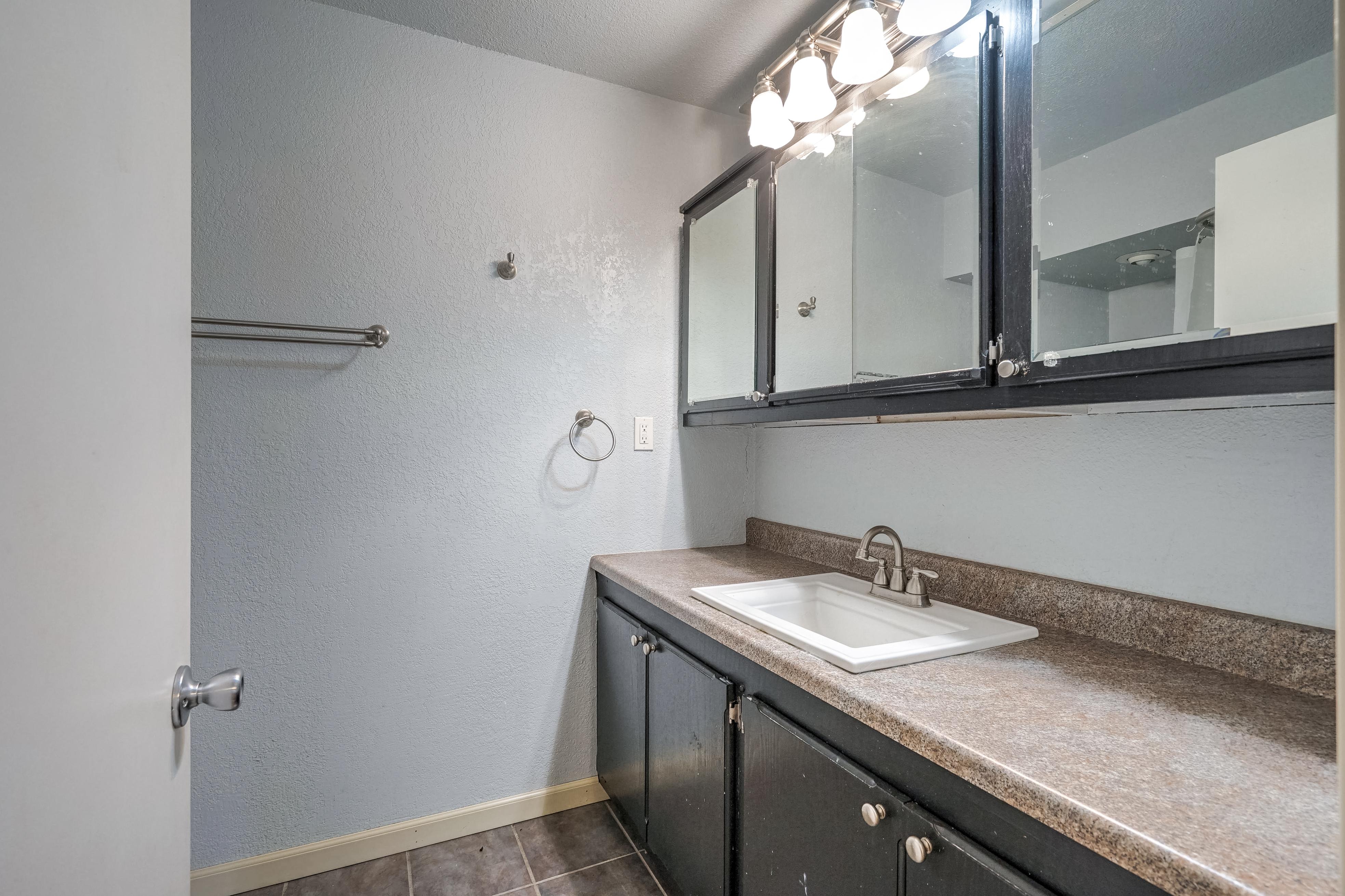 324 S Roland Street Property Photo 16