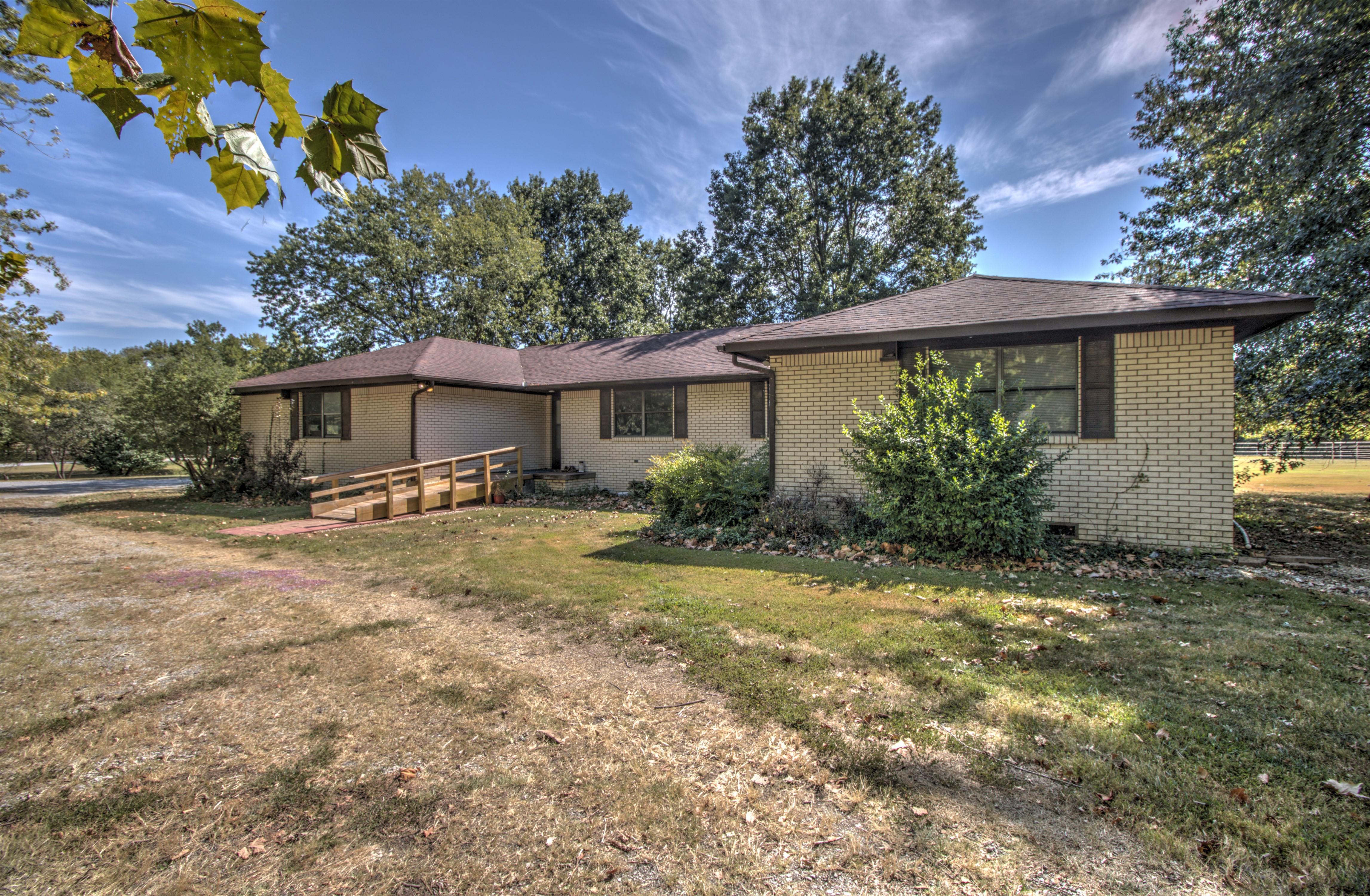 665 Lori Lane Property Photo 1