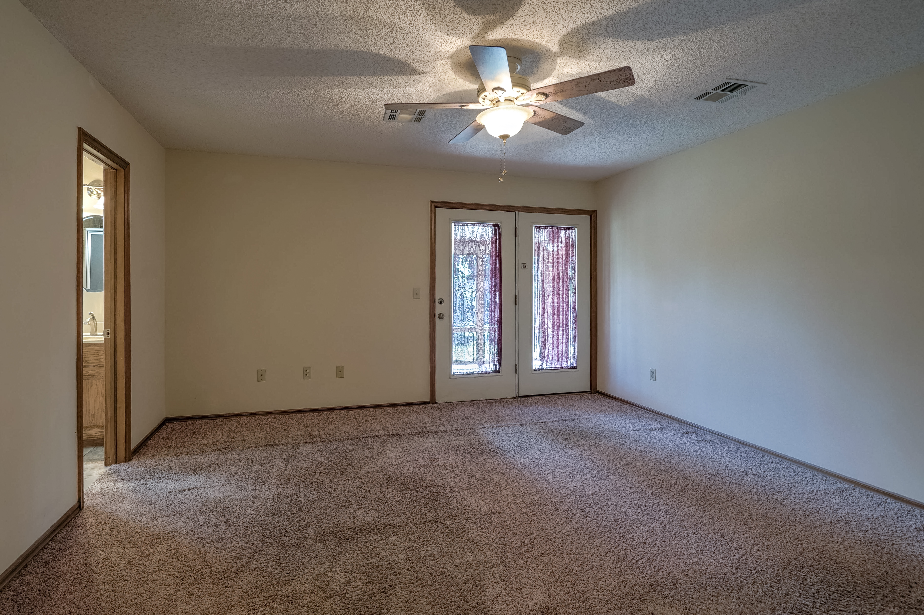 1212 19th Street Property Photo 16