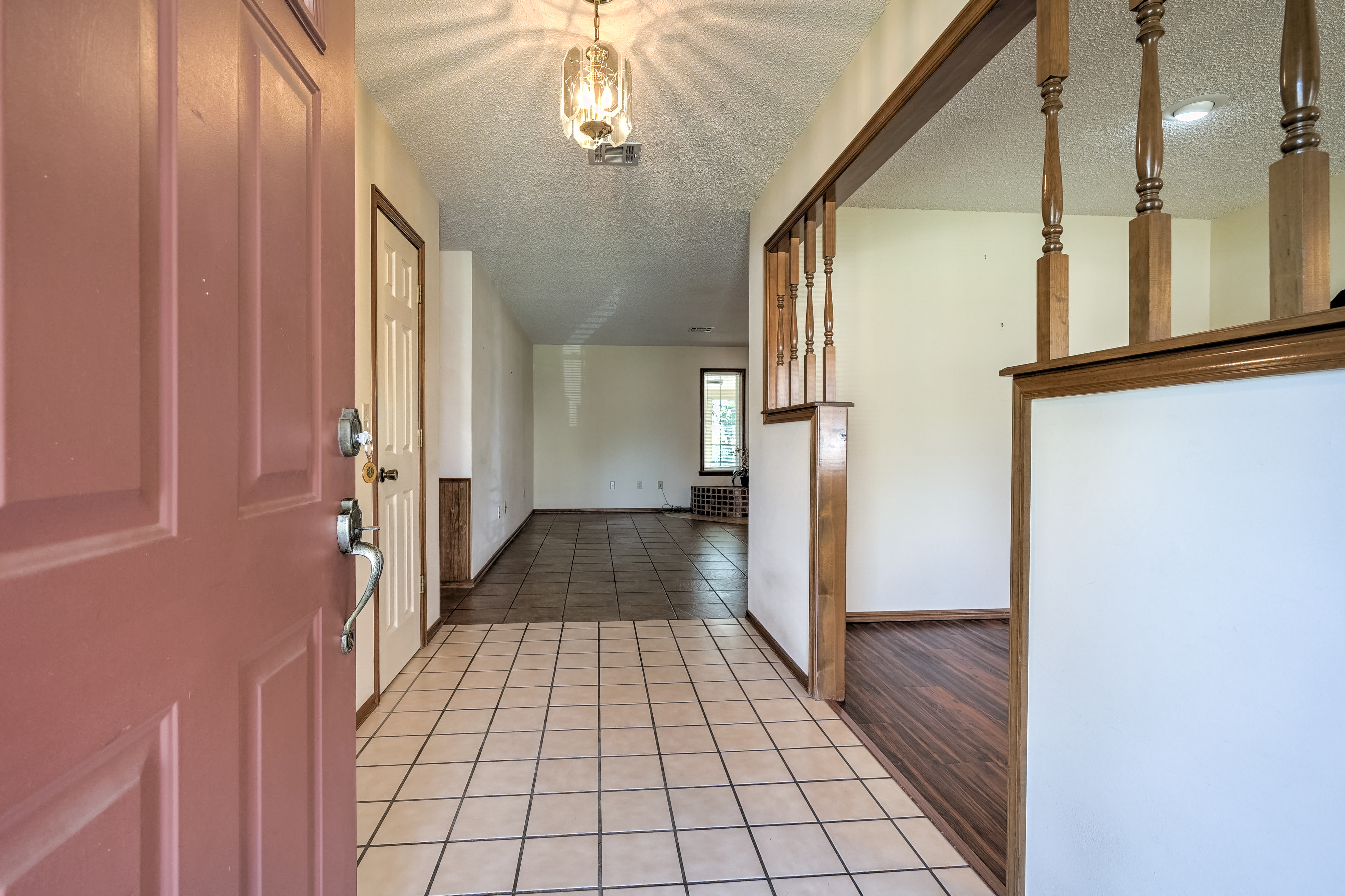 1212 19th Street Property Photo 4