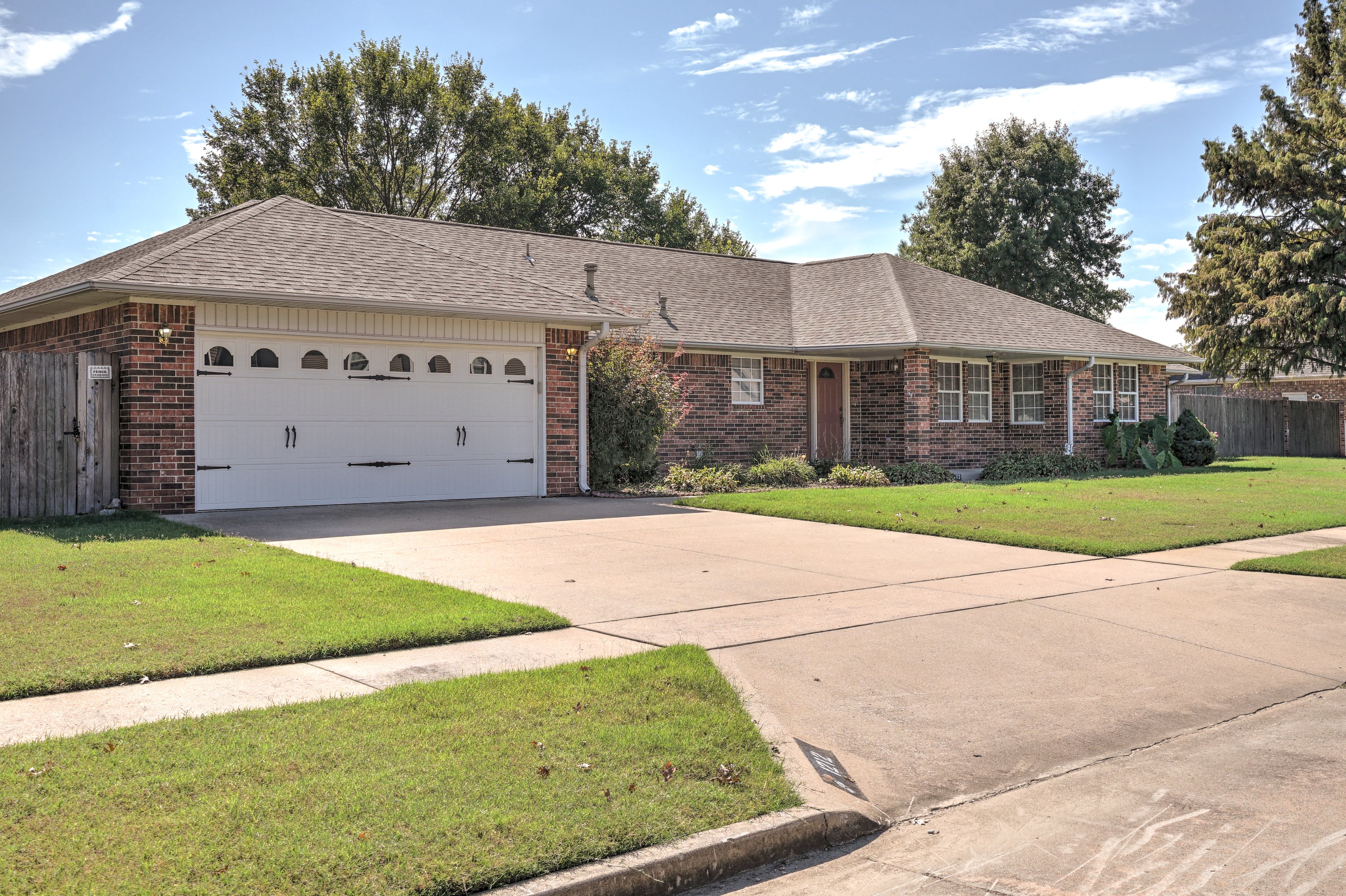 1212 19th Street Property Photo 2
