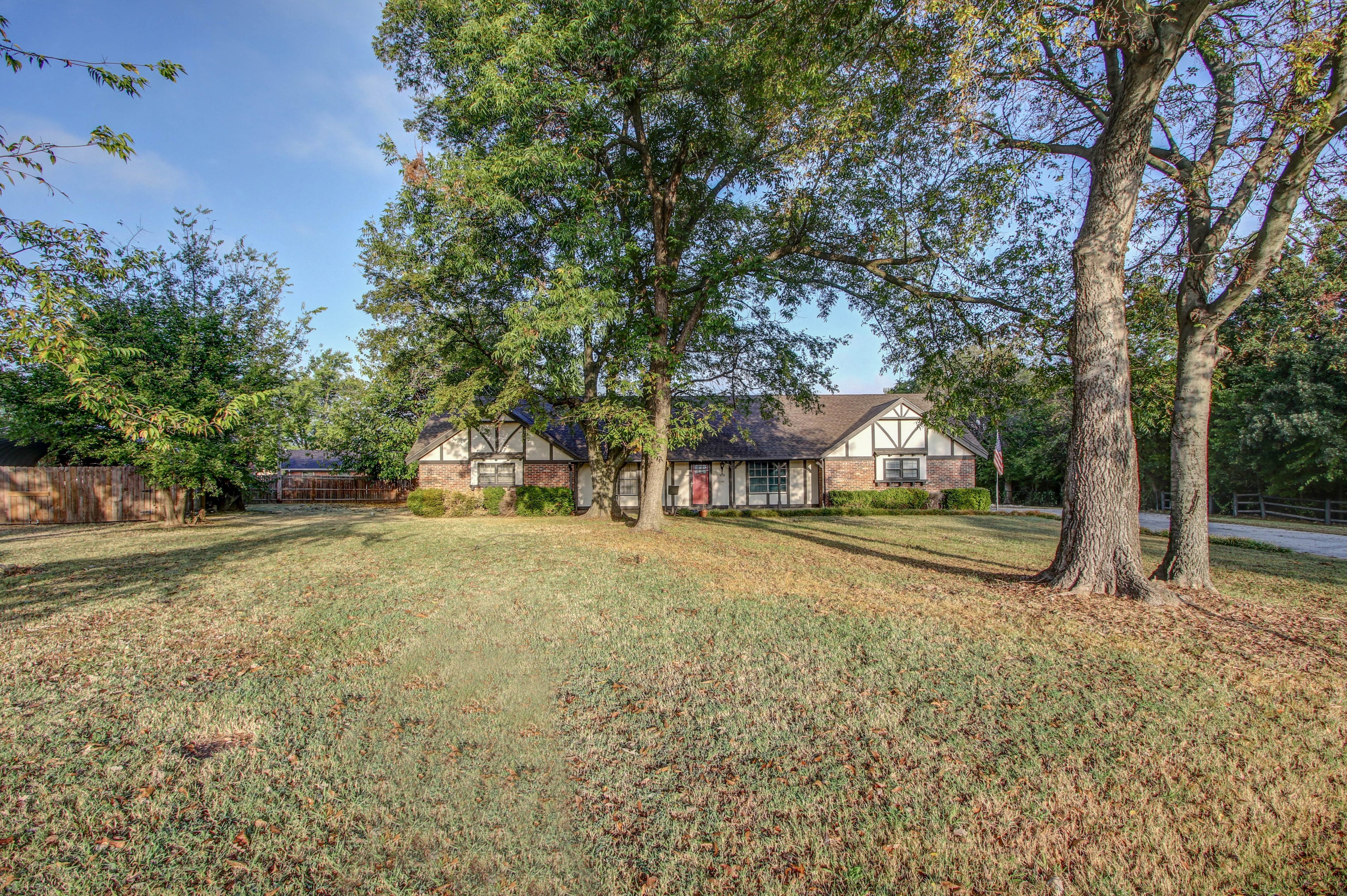 4328 S 28th West Avenue Property Photo 2