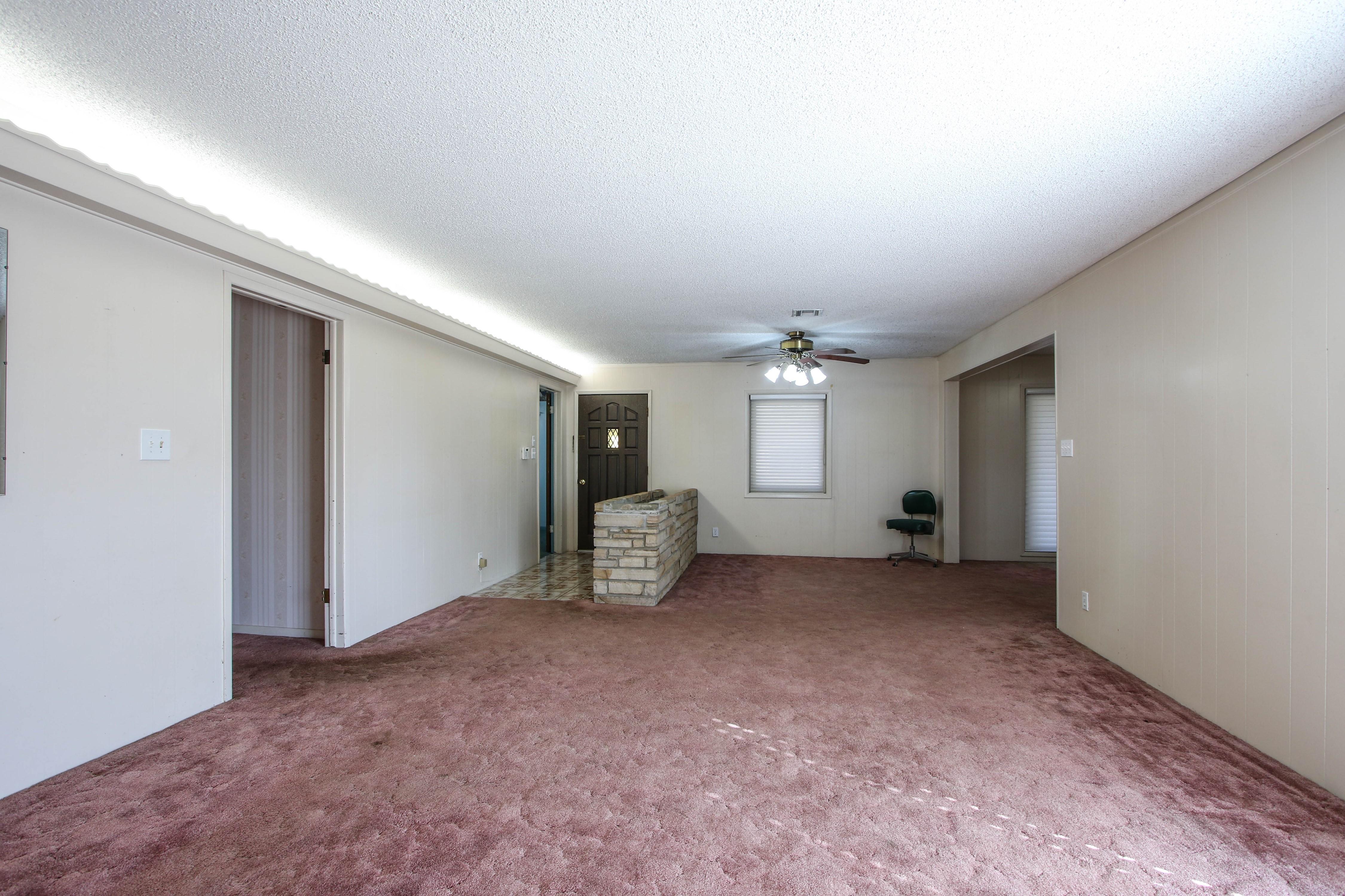 13112 E 14th Street Property Photo 6