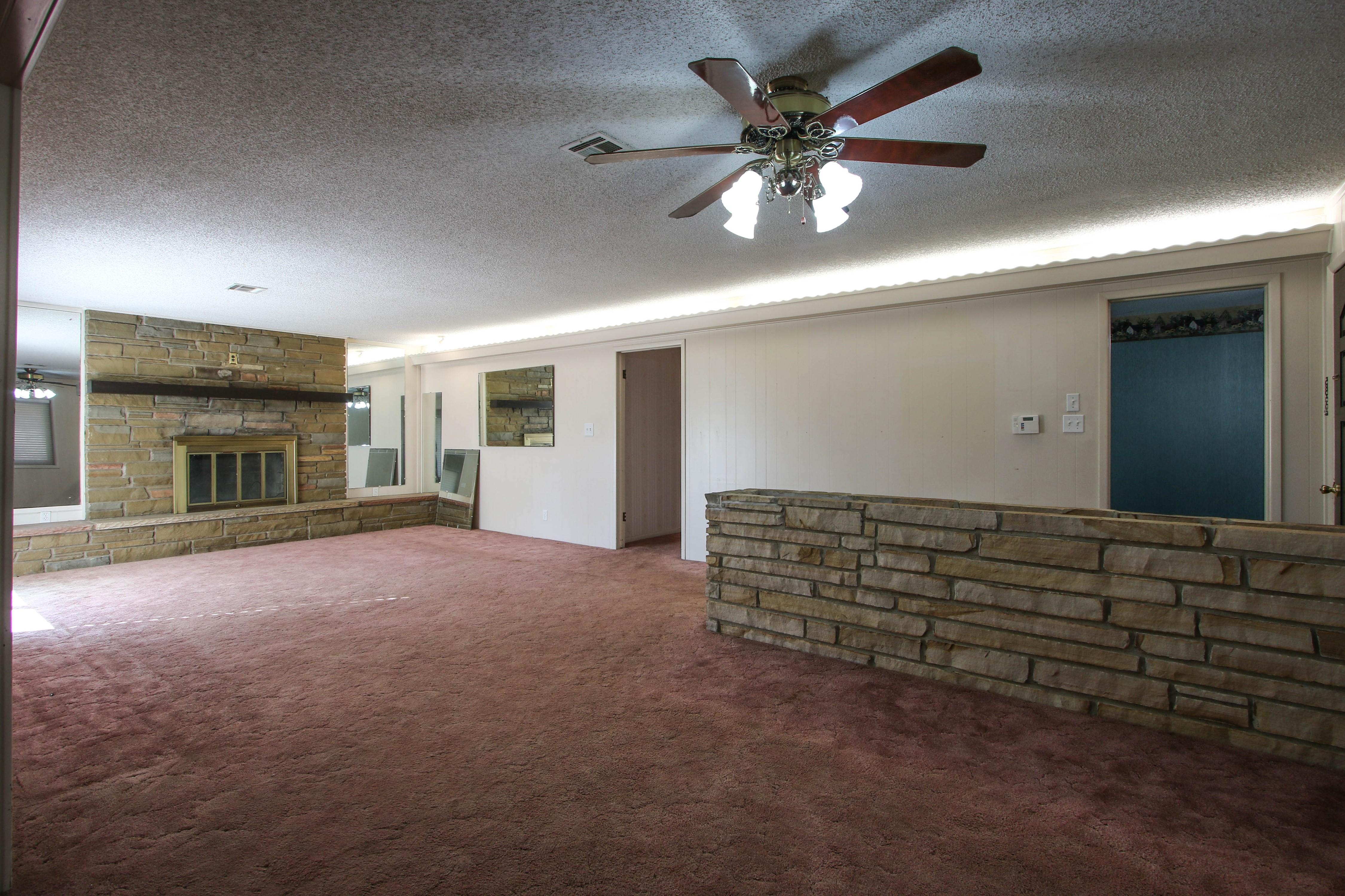 13112 E 14th Street Property Photo 5