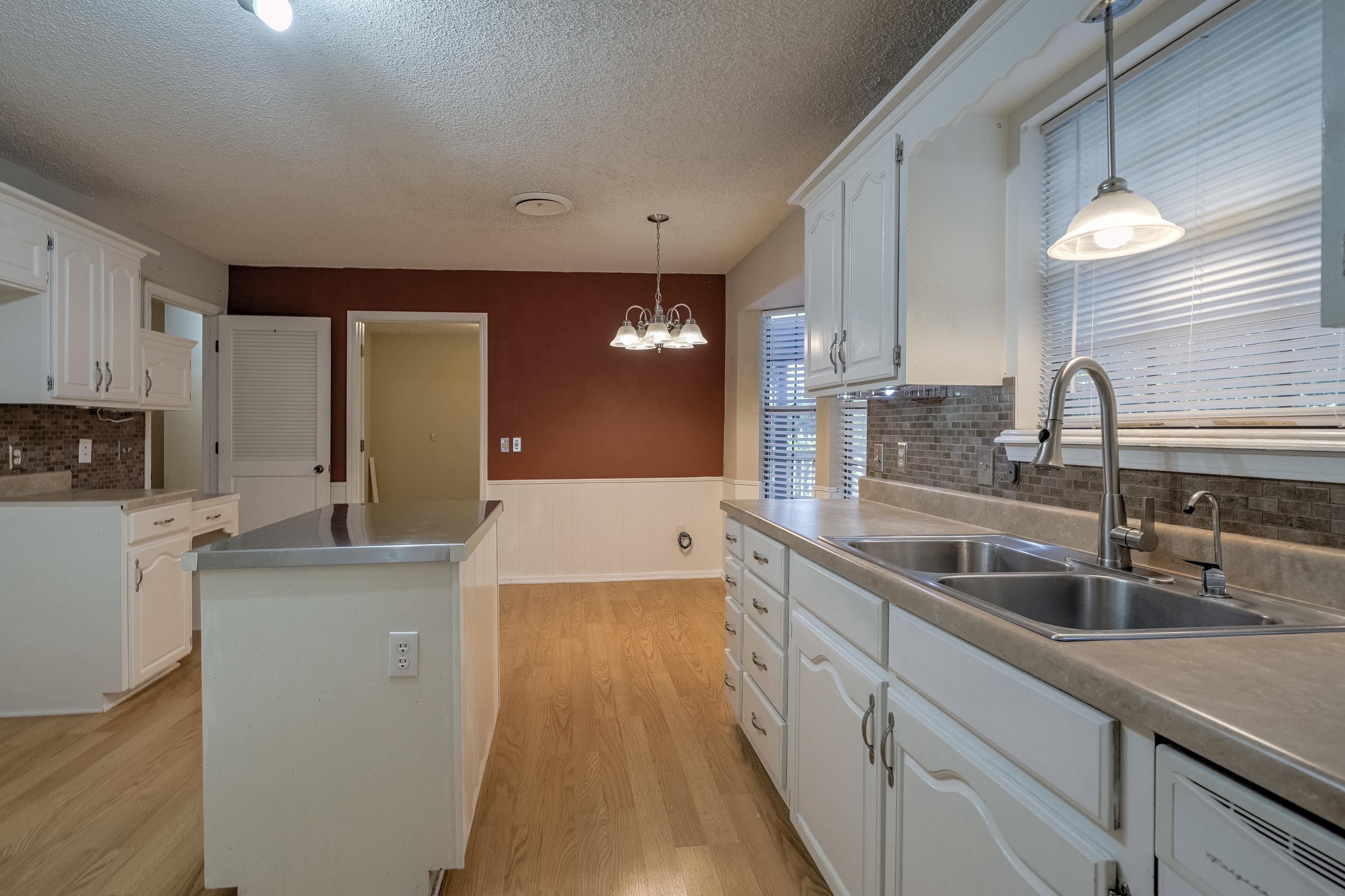 1014 Ridge Road Property Photo 8
