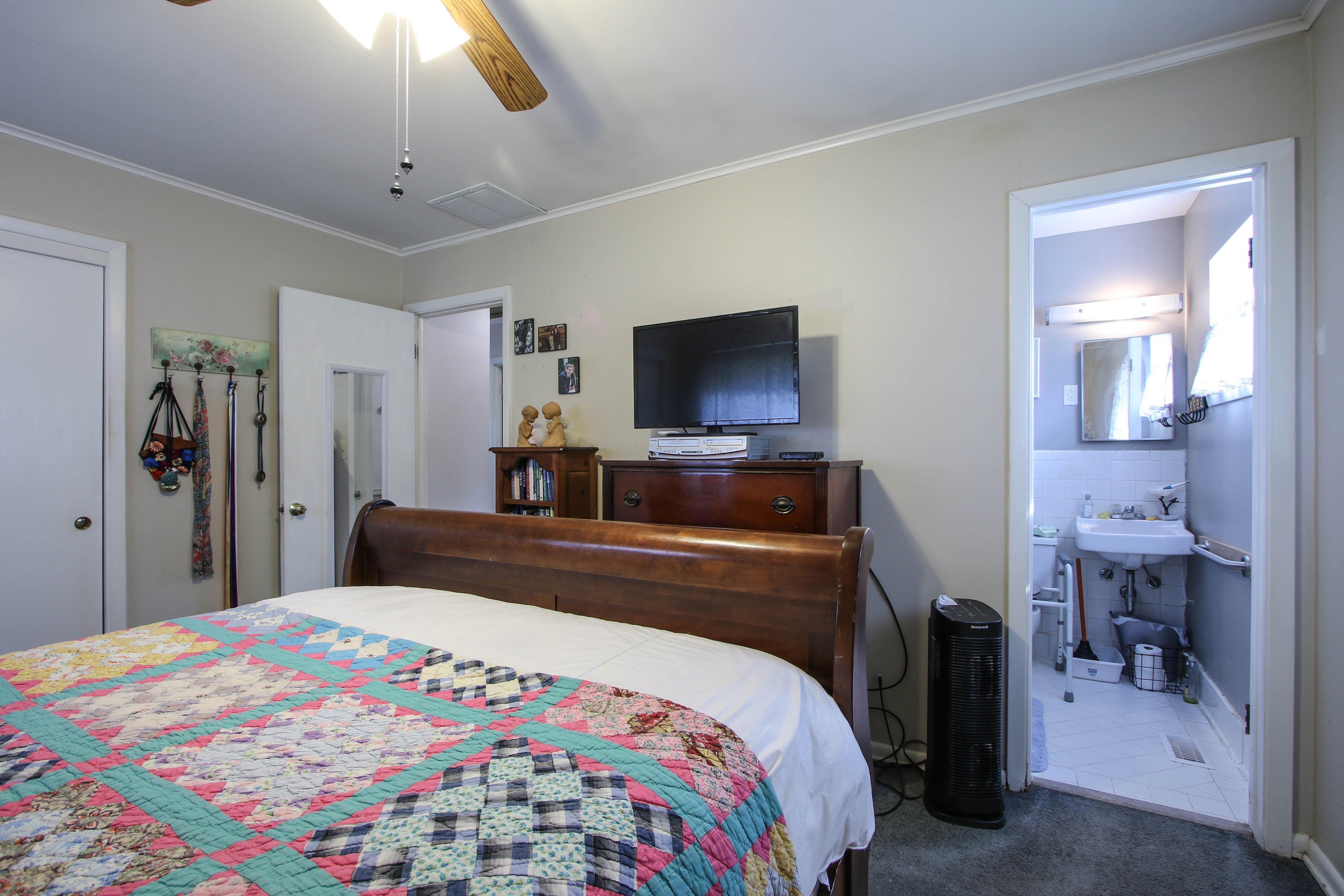 5416 S New Haven Avenue Property Photo 18