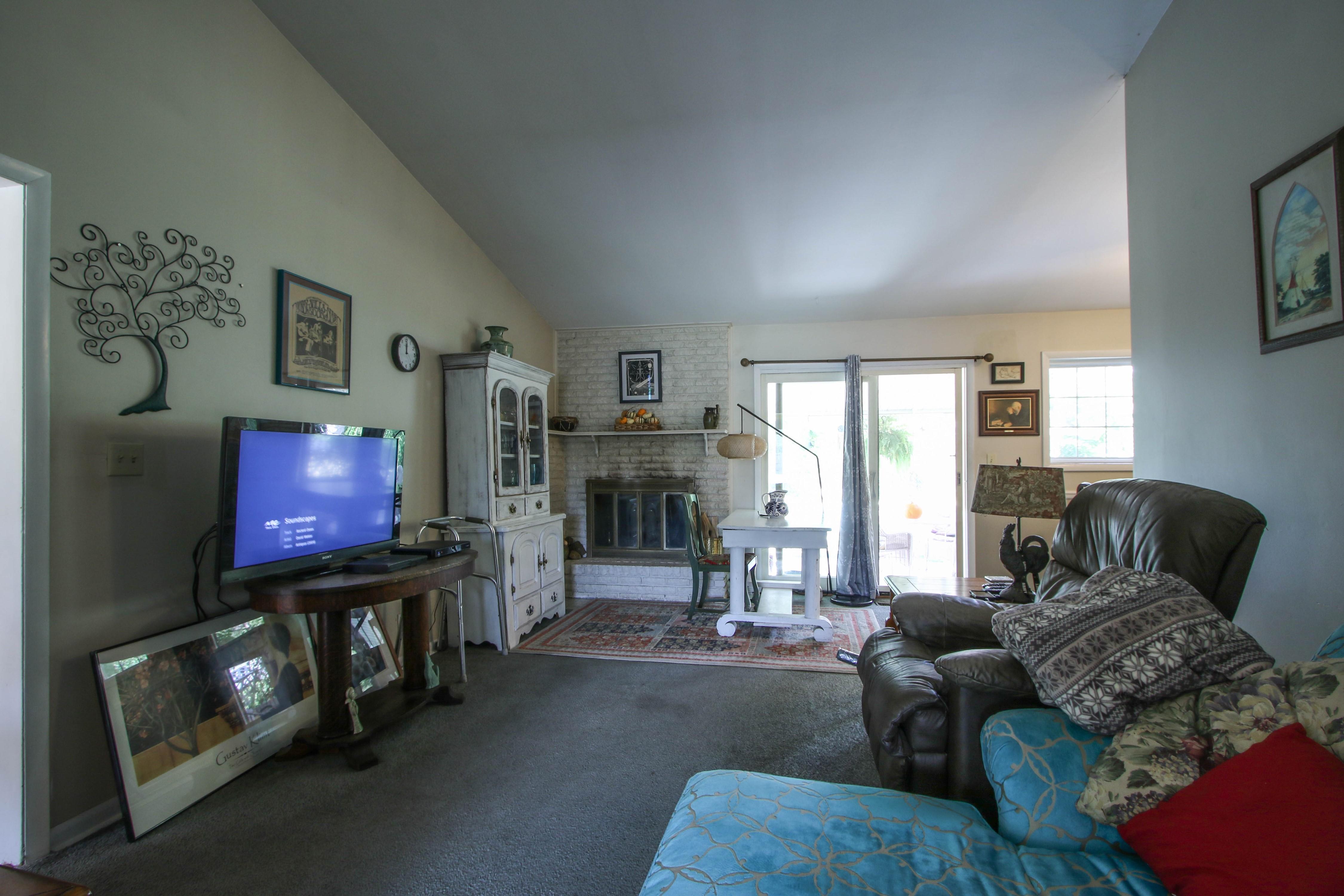 5416 S New Haven Avenue Property Photo 7