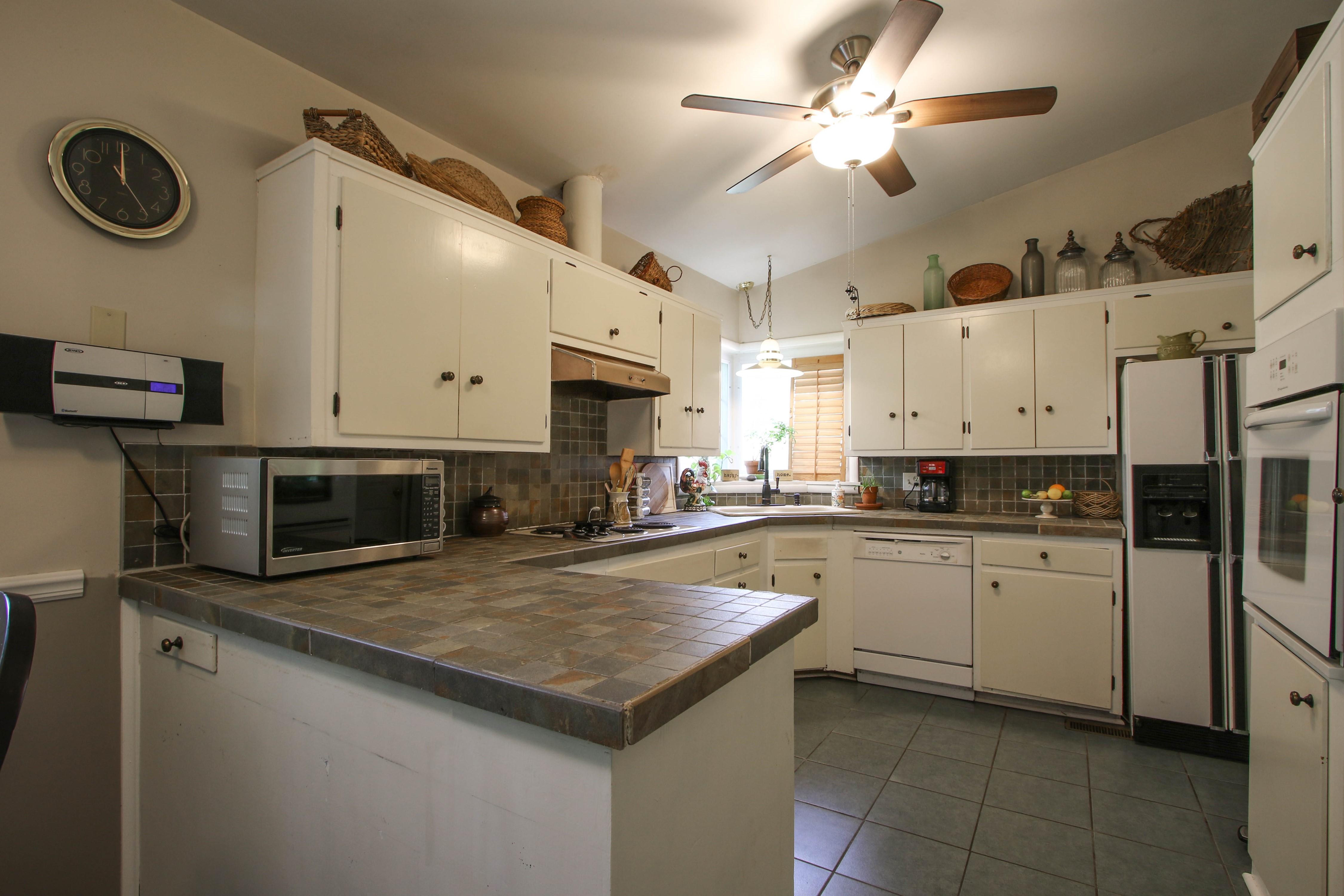 5416 S New Haven Avenue Property Photo 12