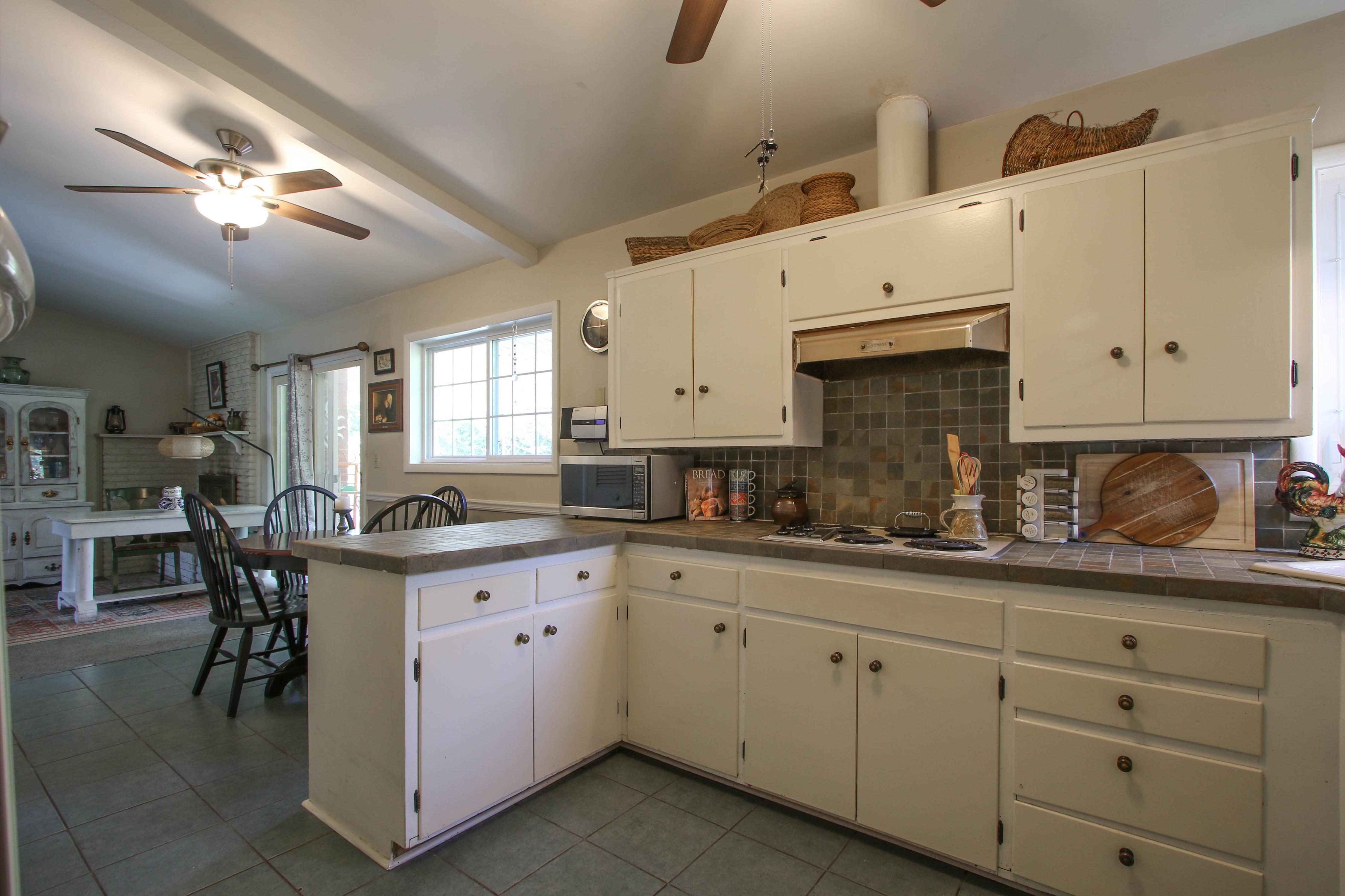 5416 S New Haven Avenue Property Photo 13