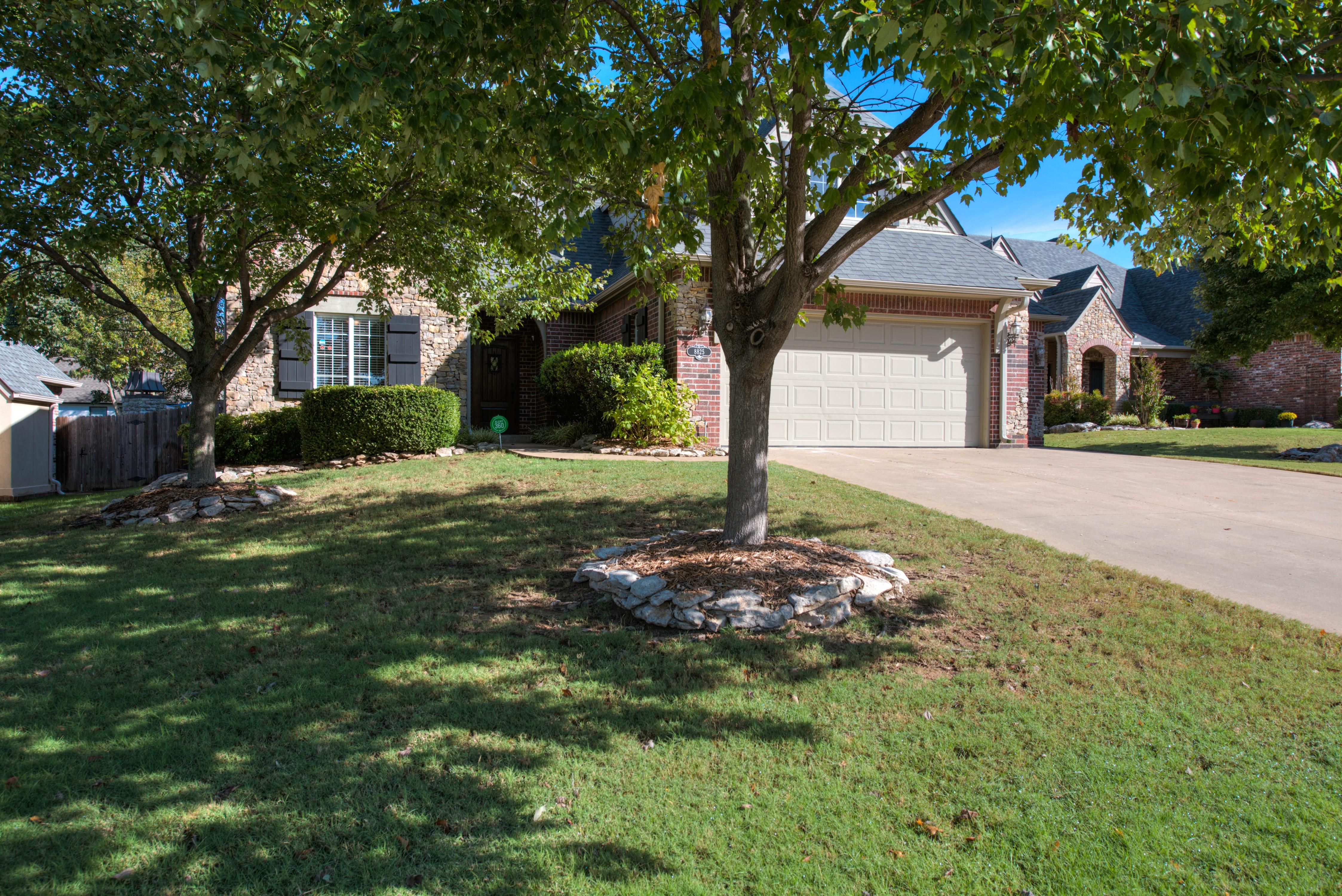 8825 E 119th Street Property Photo 1