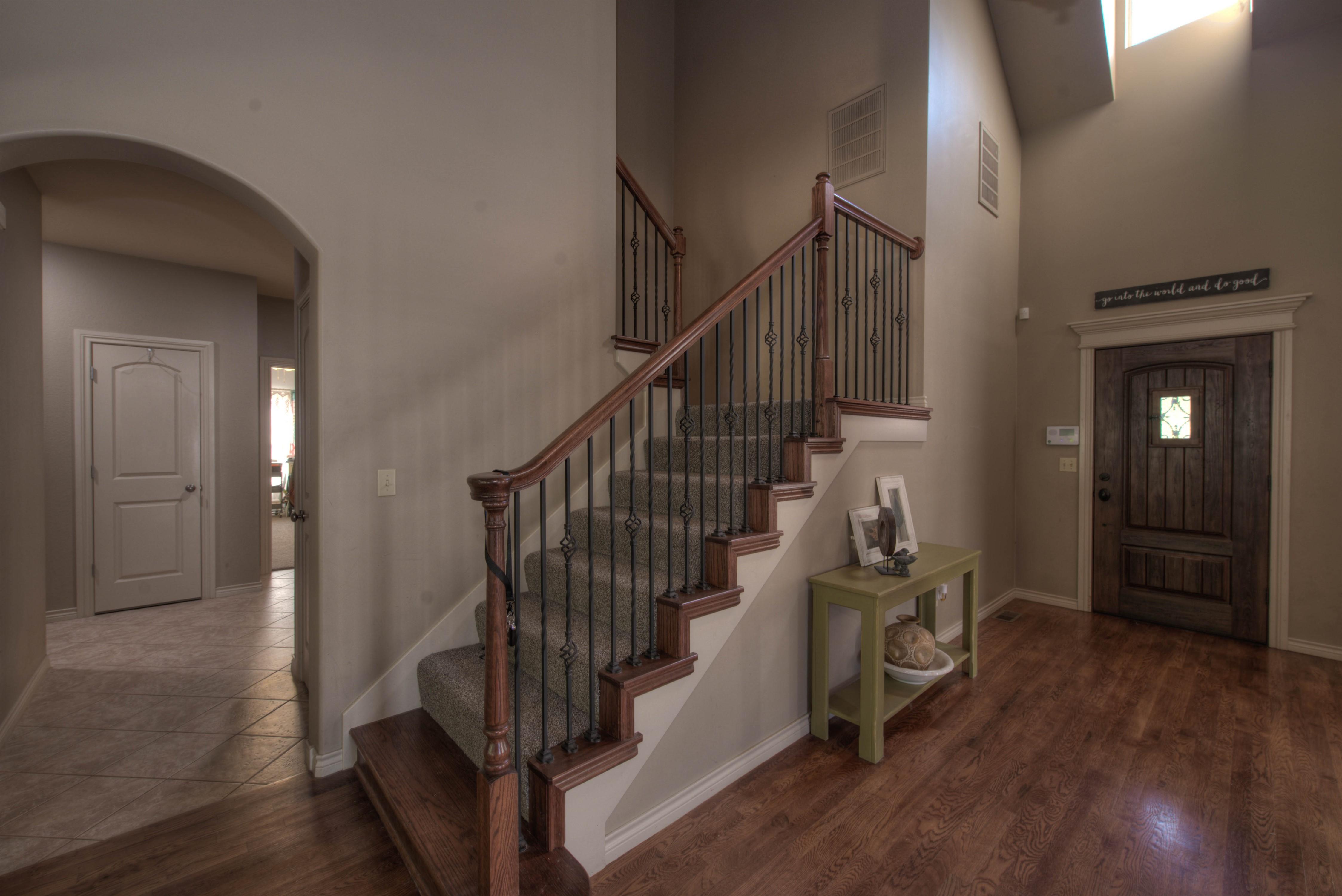 8825 E 119th Street Property Photo 3