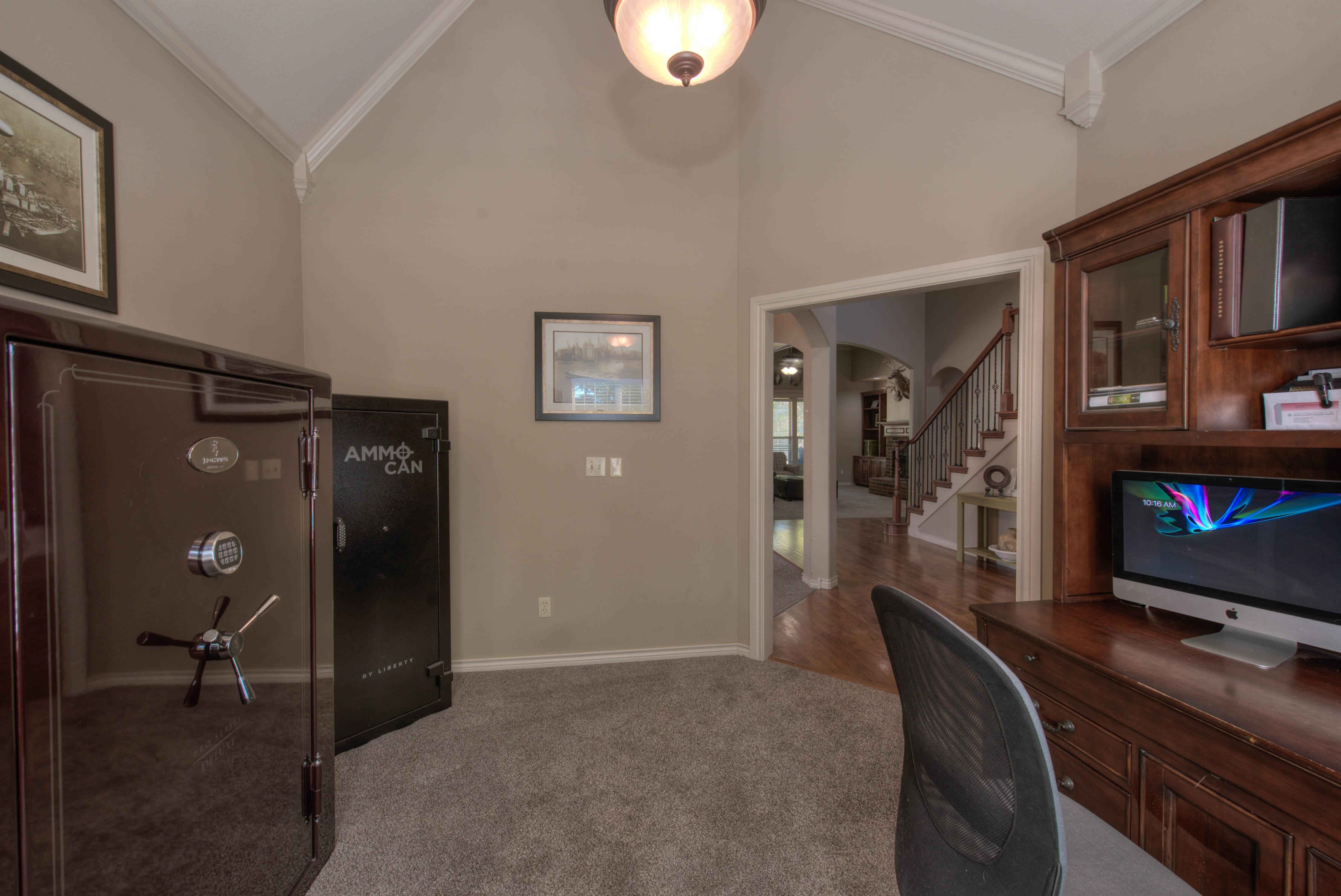 8825 E 119th Street Property Photo 5