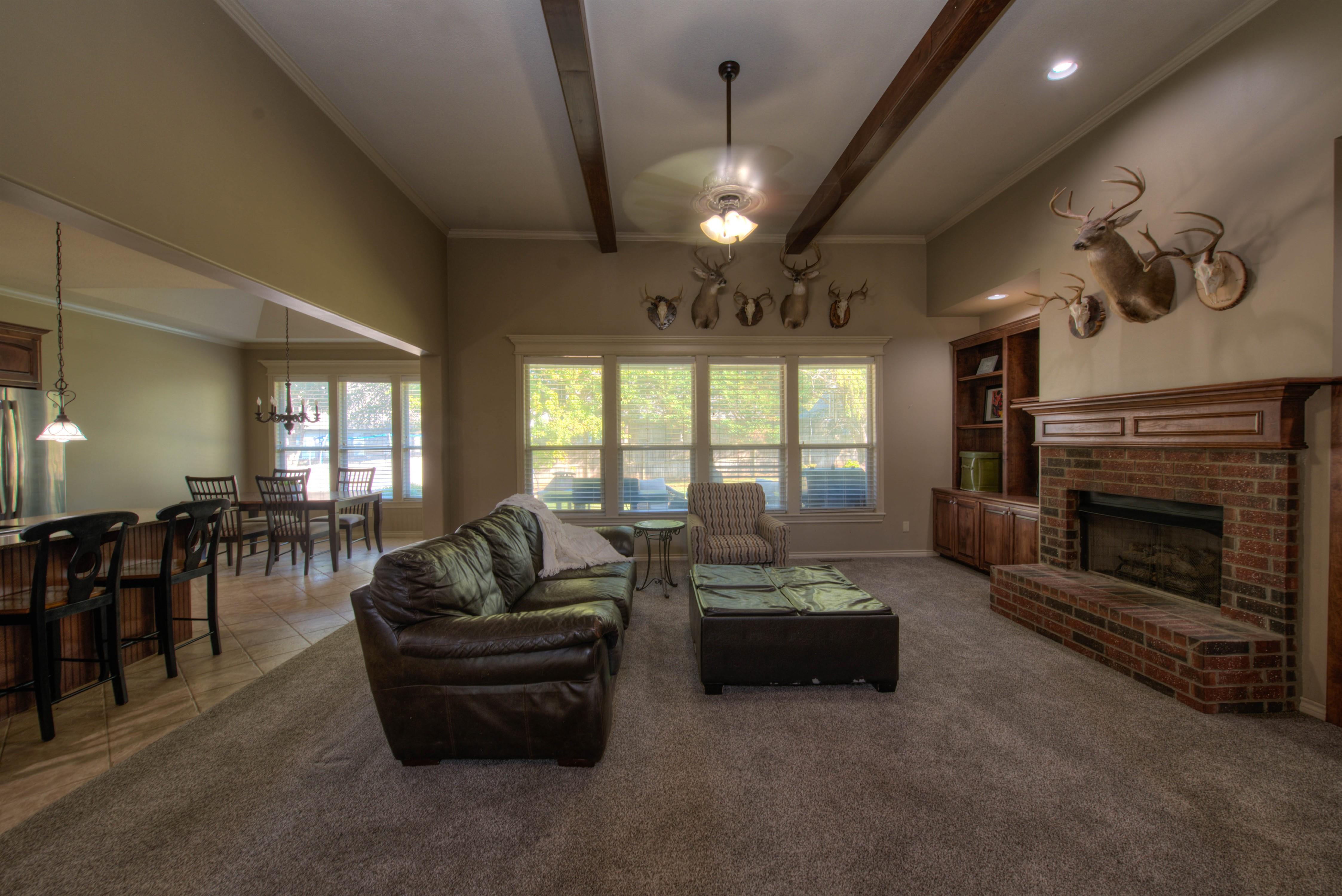 8825 E 119th Street Property Photo 7