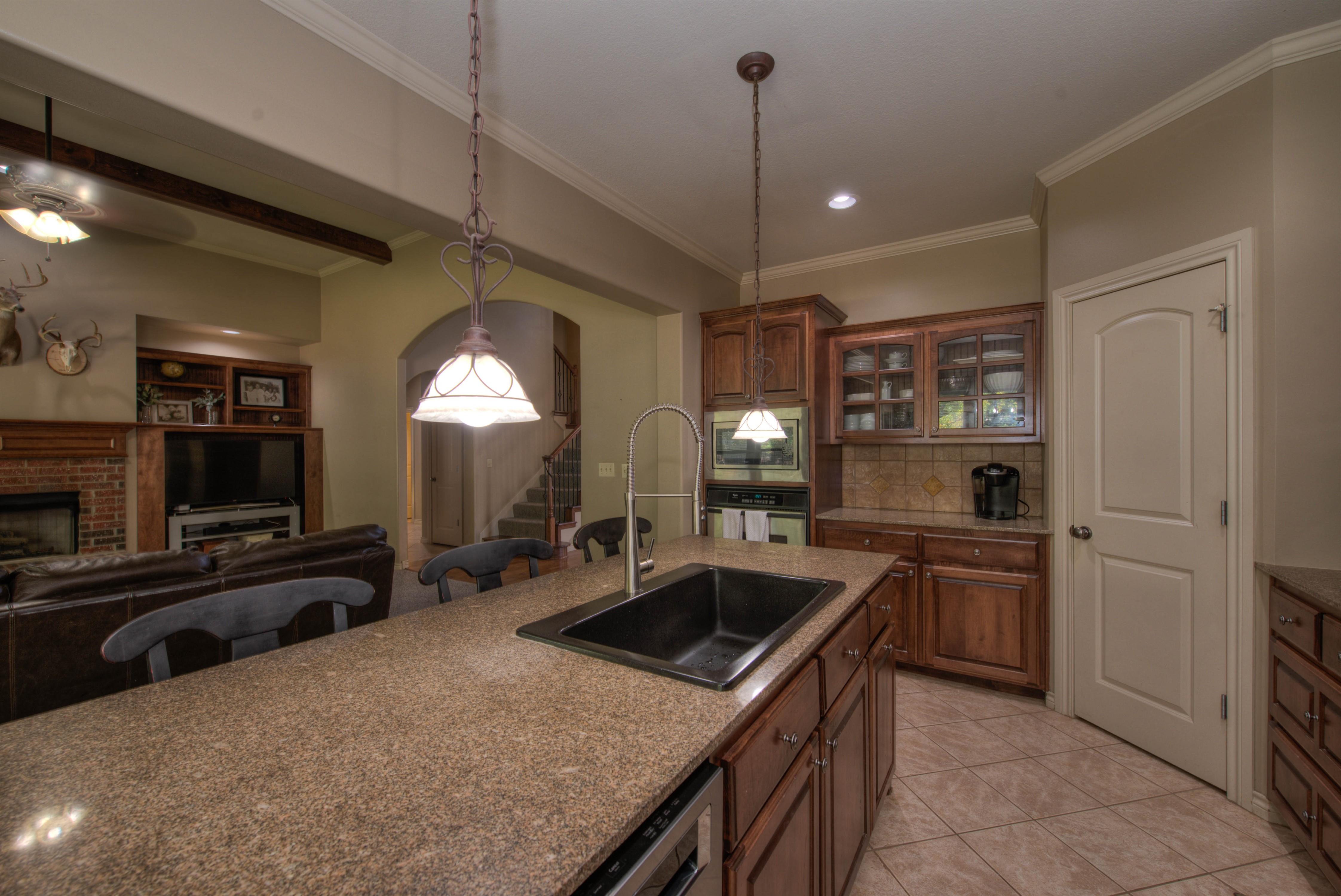 8825 E 119th Street Property Photo 14