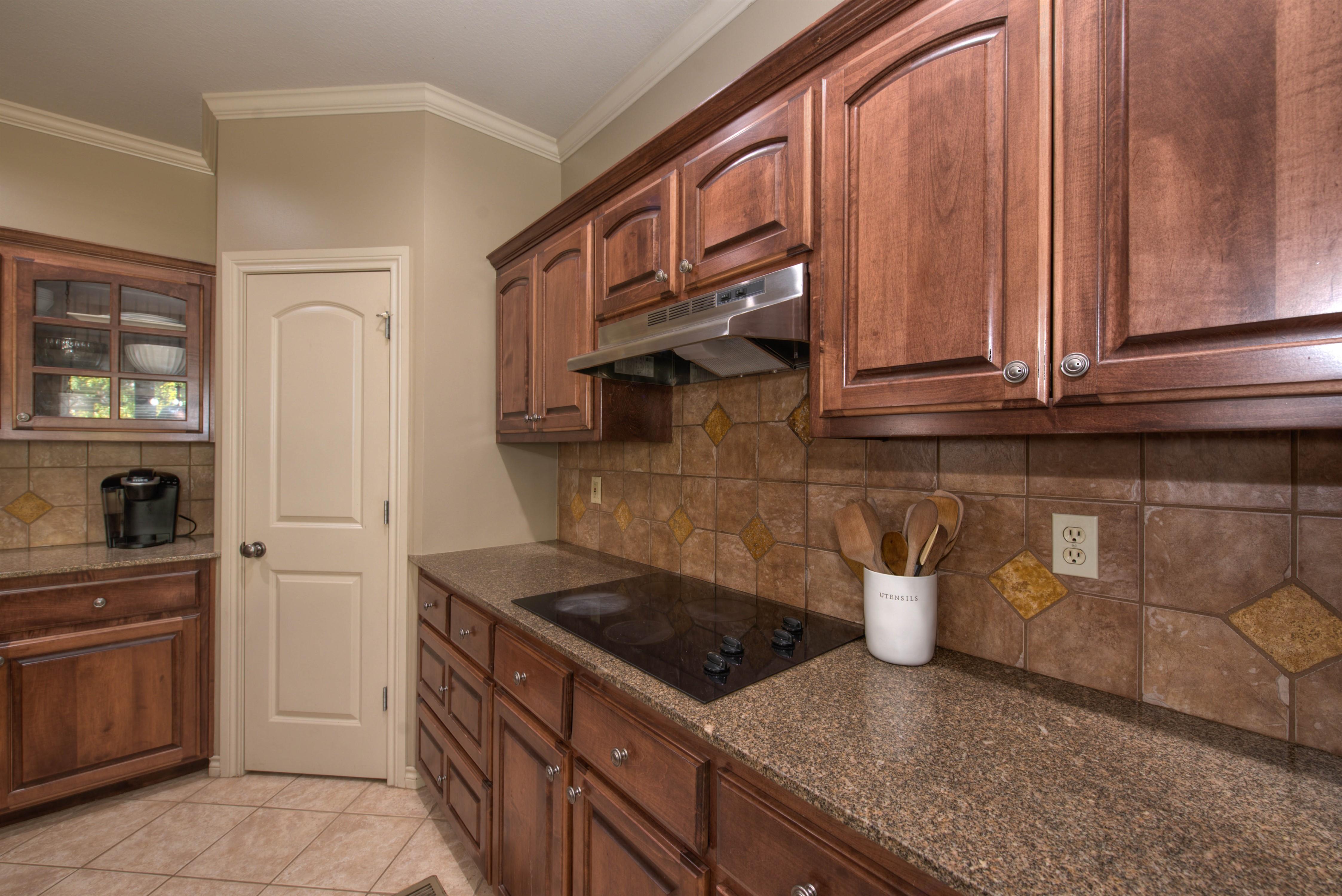 8825 E 119th Street Property Photo 15