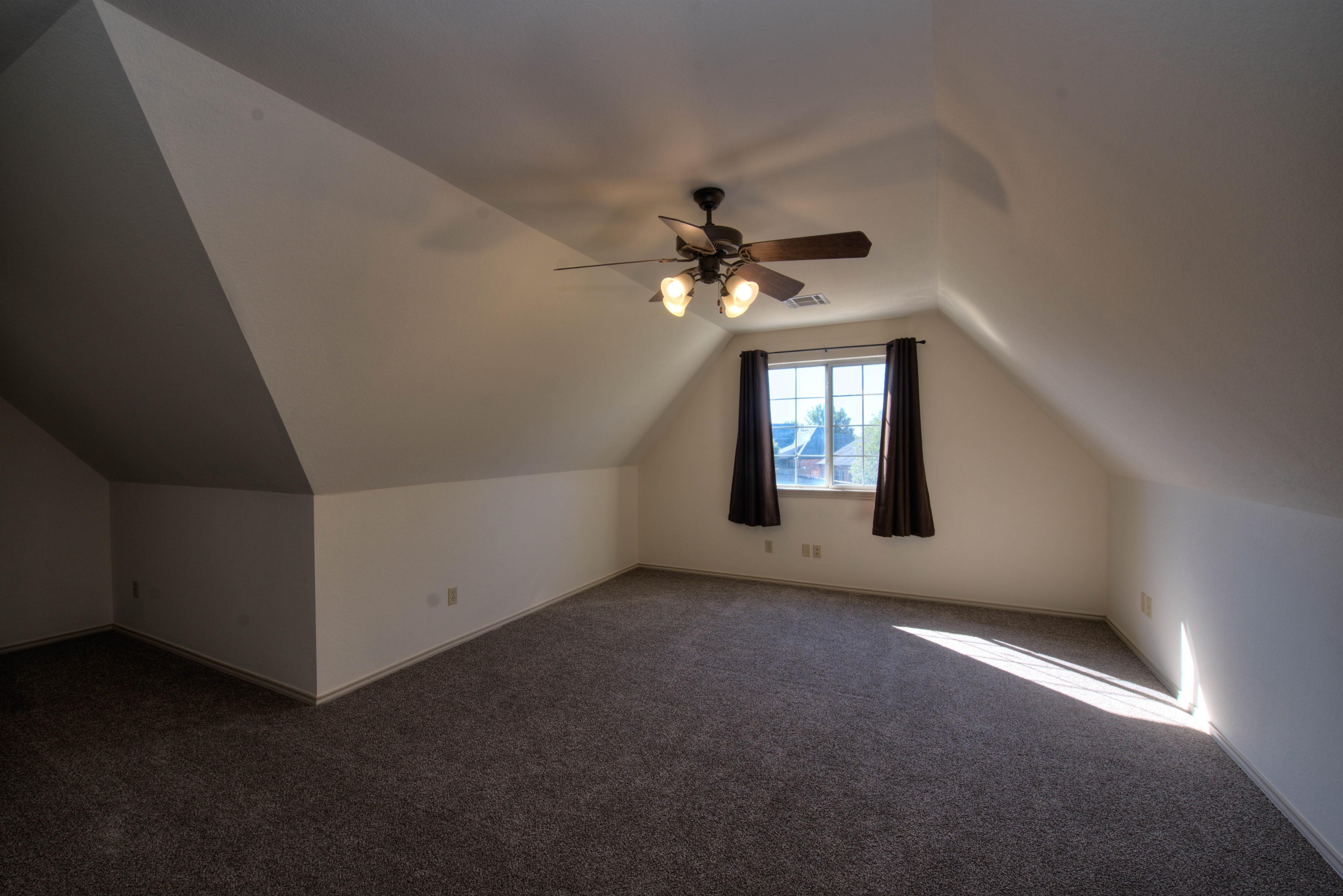 8825 E 119th Street Property Photo 28