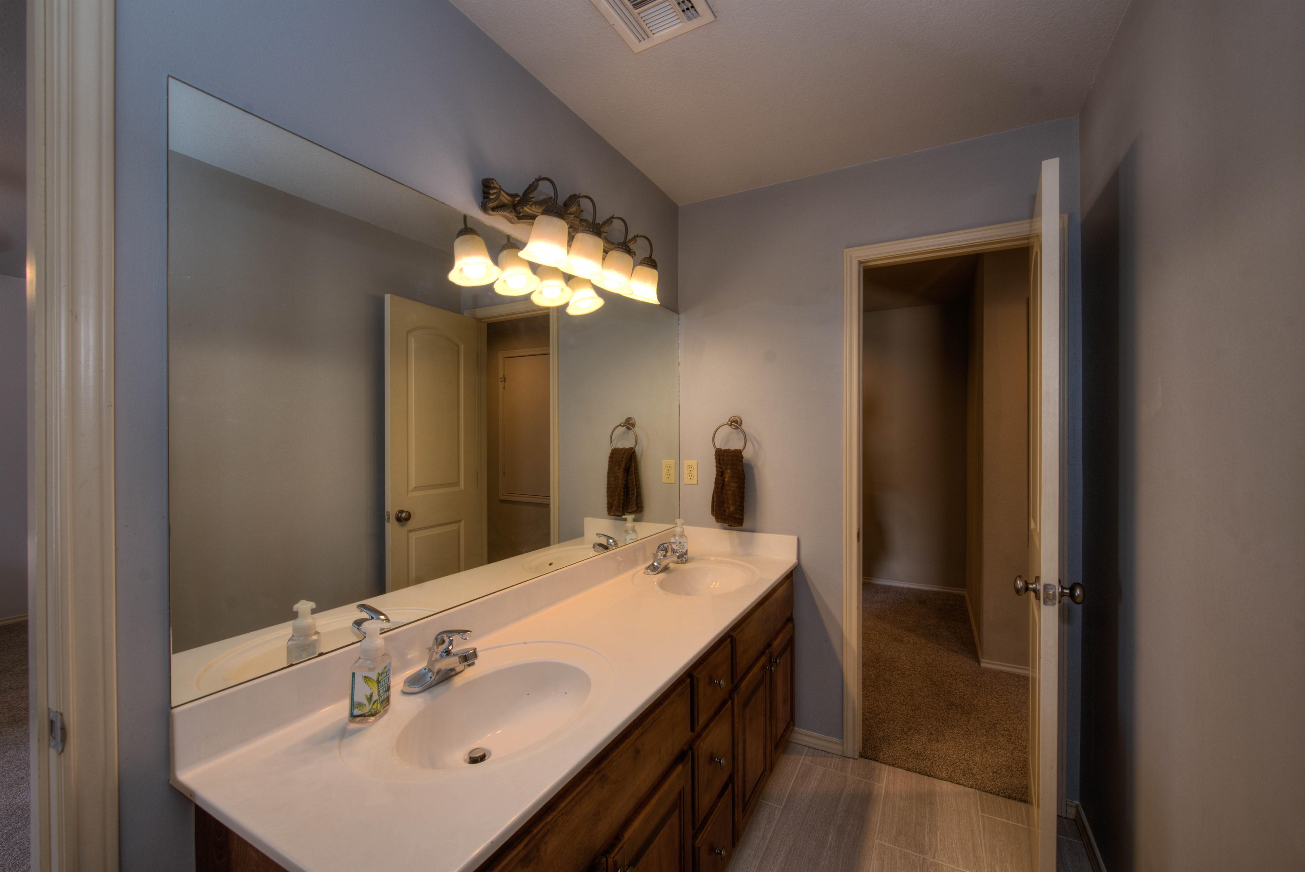 8825 E 119th Street Property Photo 32