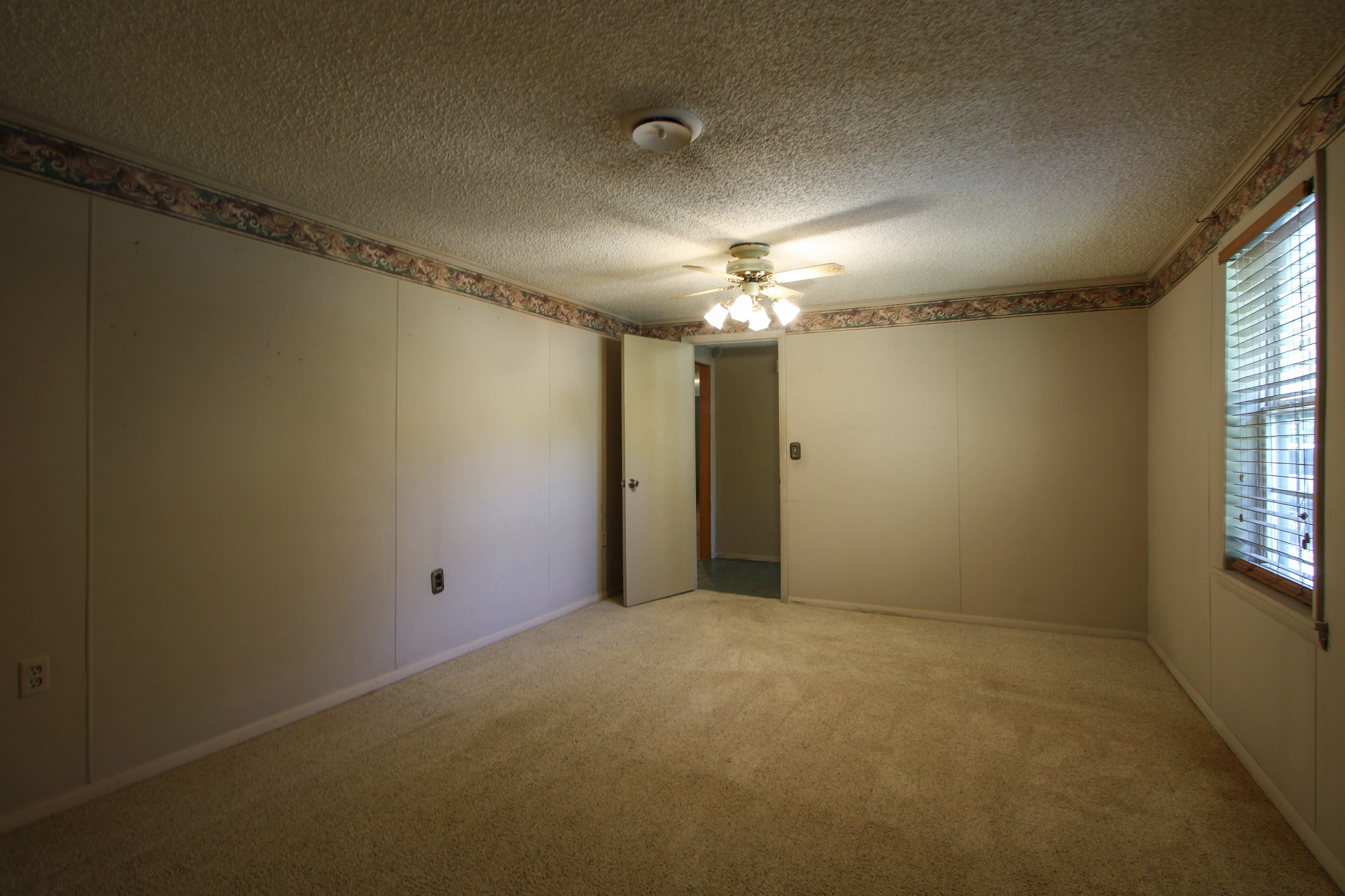 21766 Coffee Hollow Road Property Photo 19