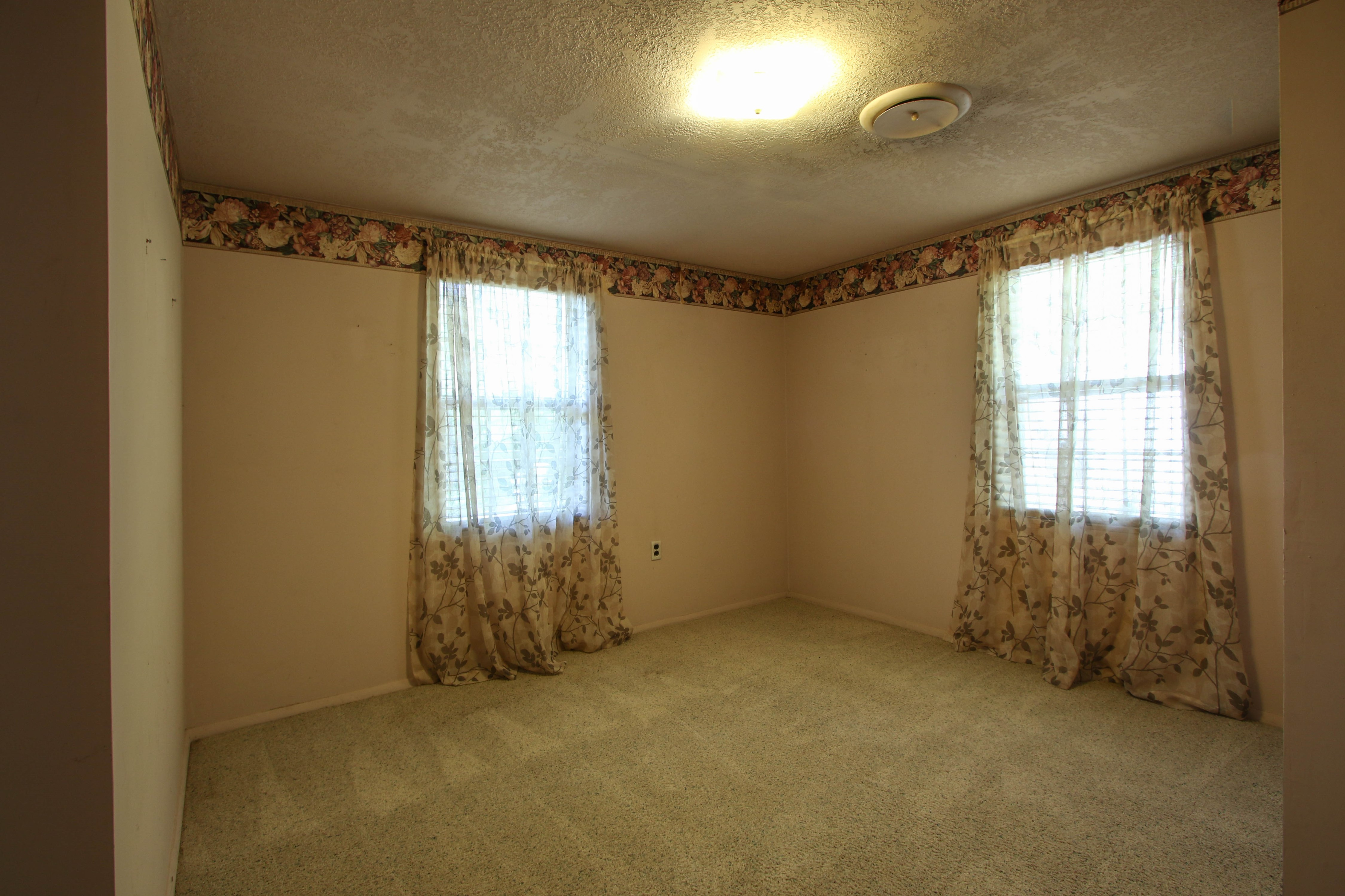 21766 Coffee Hollow Road Property Photo 21