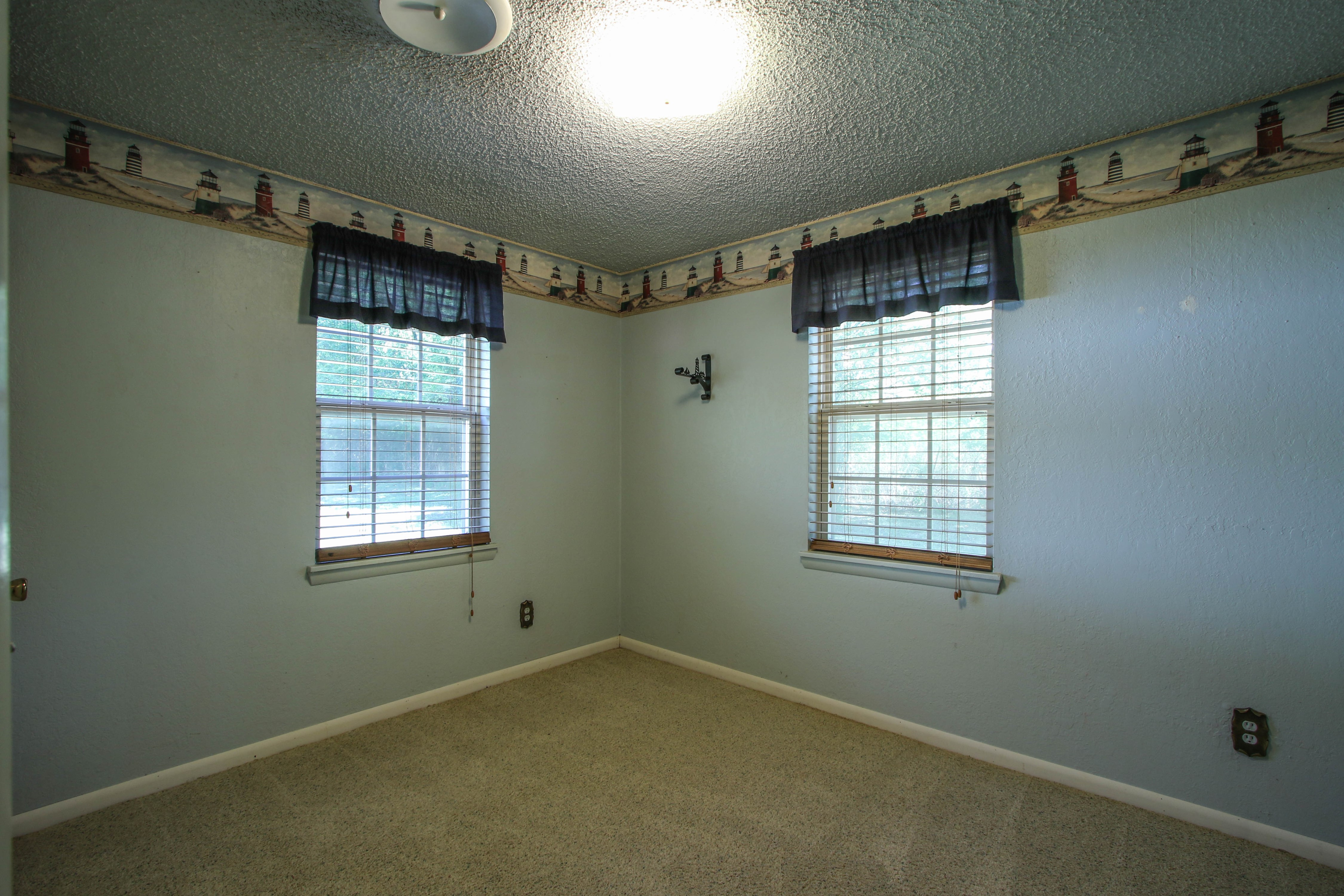 21766 Coffee Hollow Road Property Photo 24
