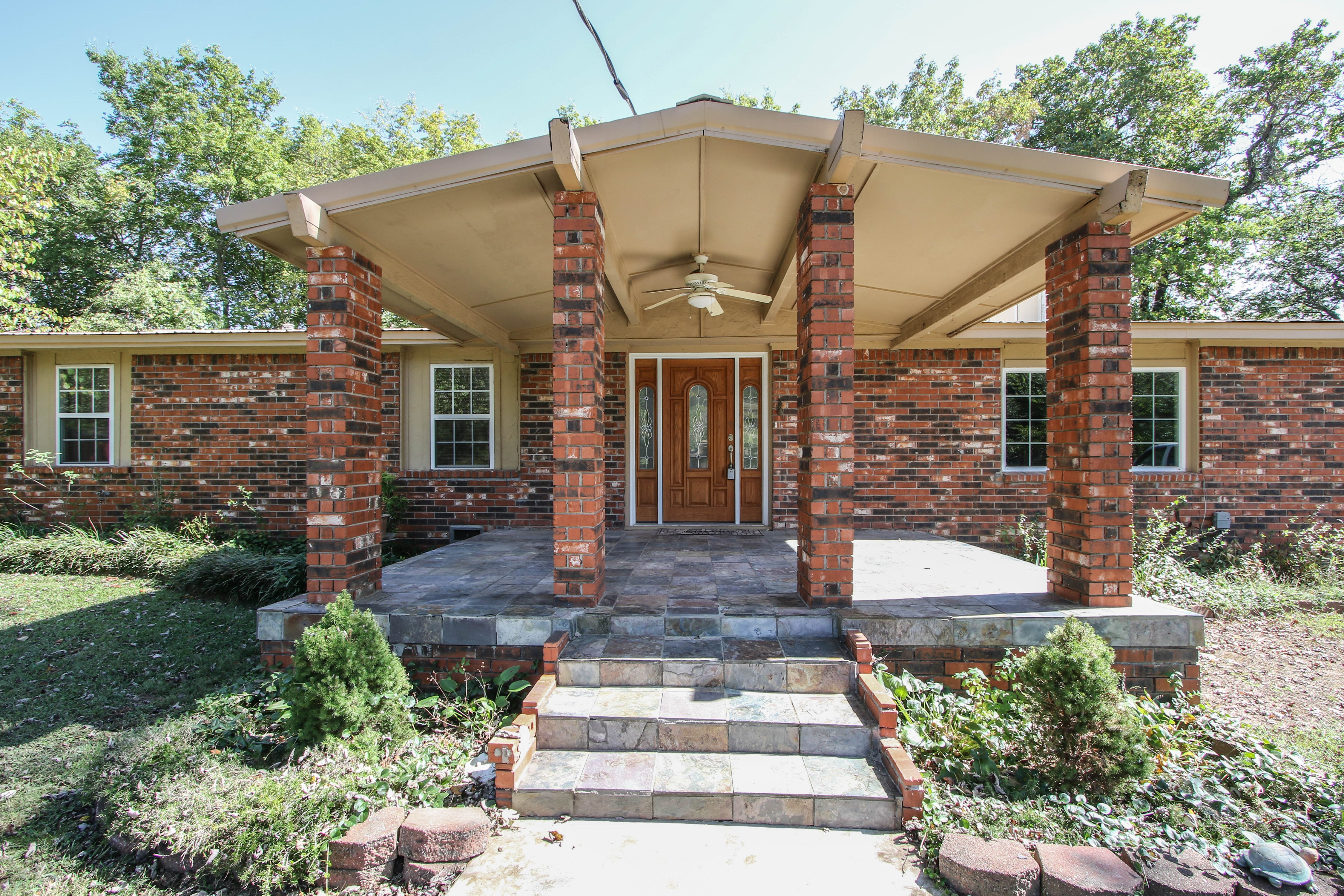 21766 Coffee Hollow Road Property Photo 2